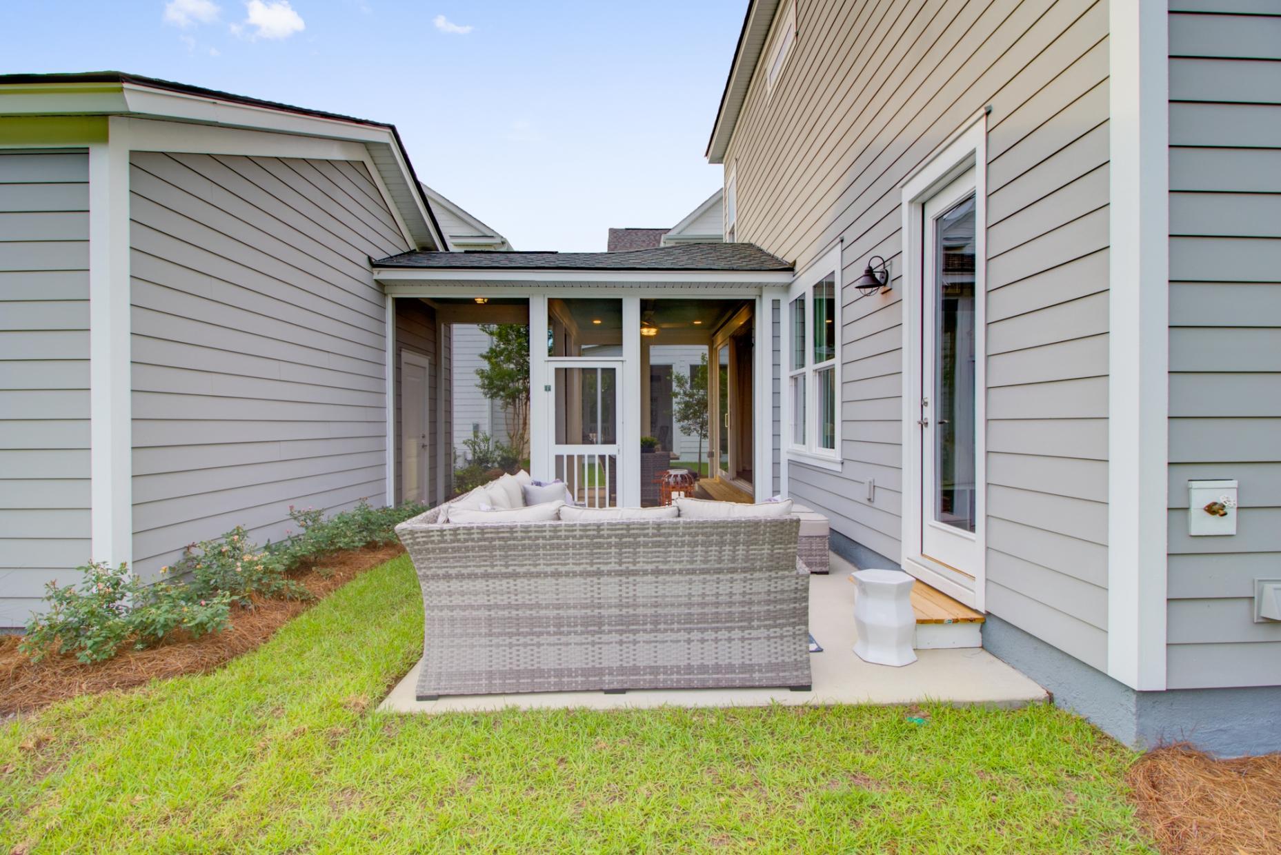 Carnes Crossroads Homes For Sale - 501 Wodin, Summerville, SC - 21