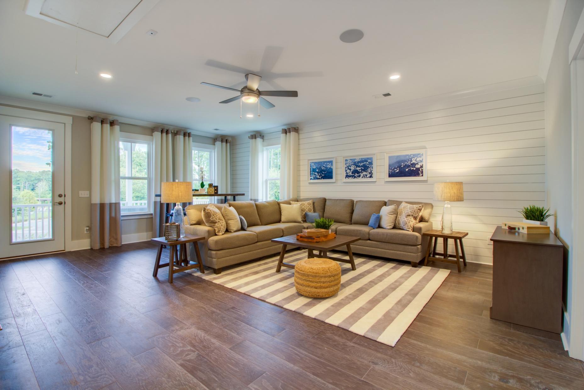 Carnes Crossroads Homes For Sale - 501 Wodin, Summerville, SC - 12