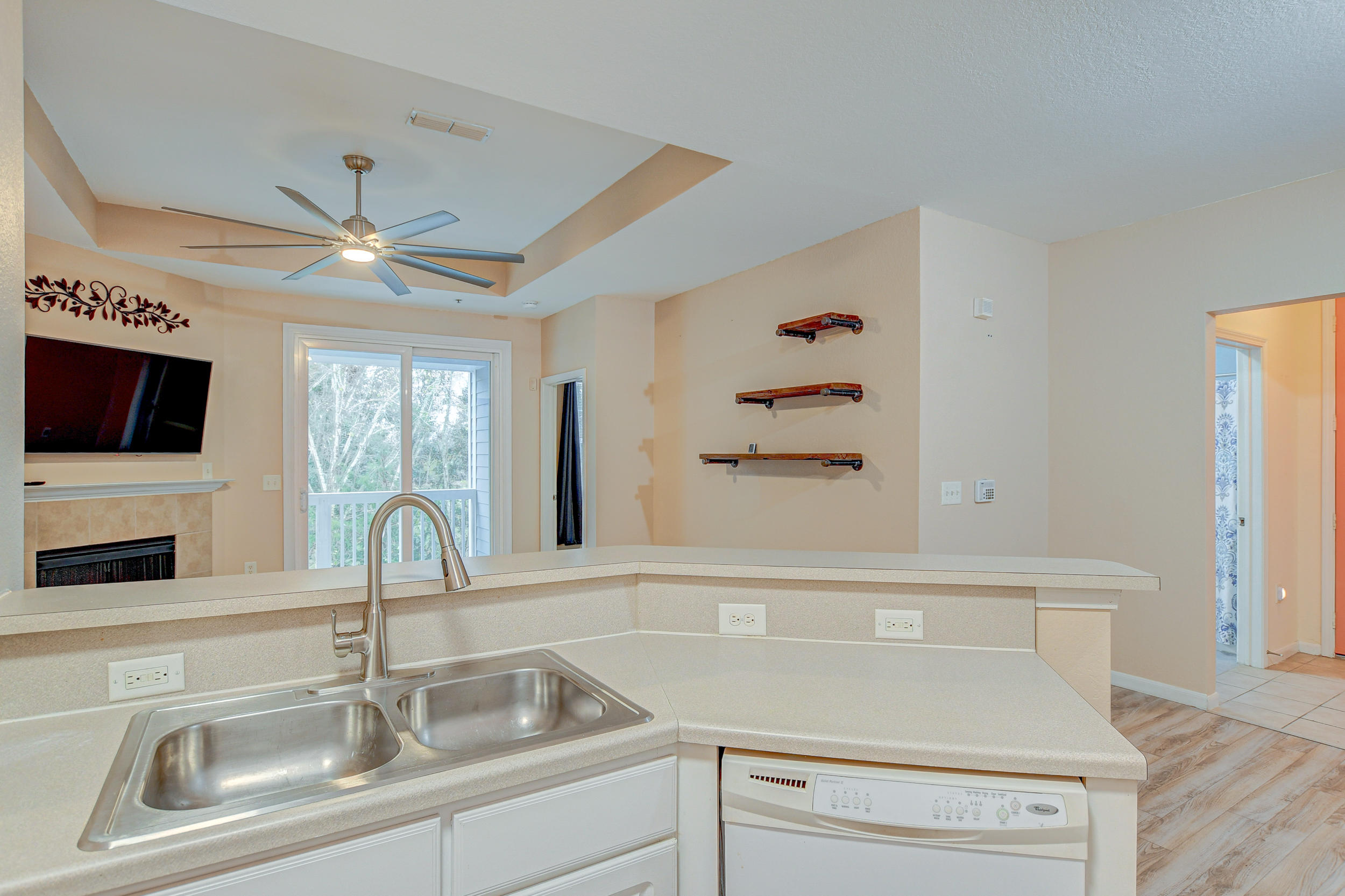 Twelve Oaks Condos For Sale - 60 Fenwick Hall, Johns Island, SC - 11