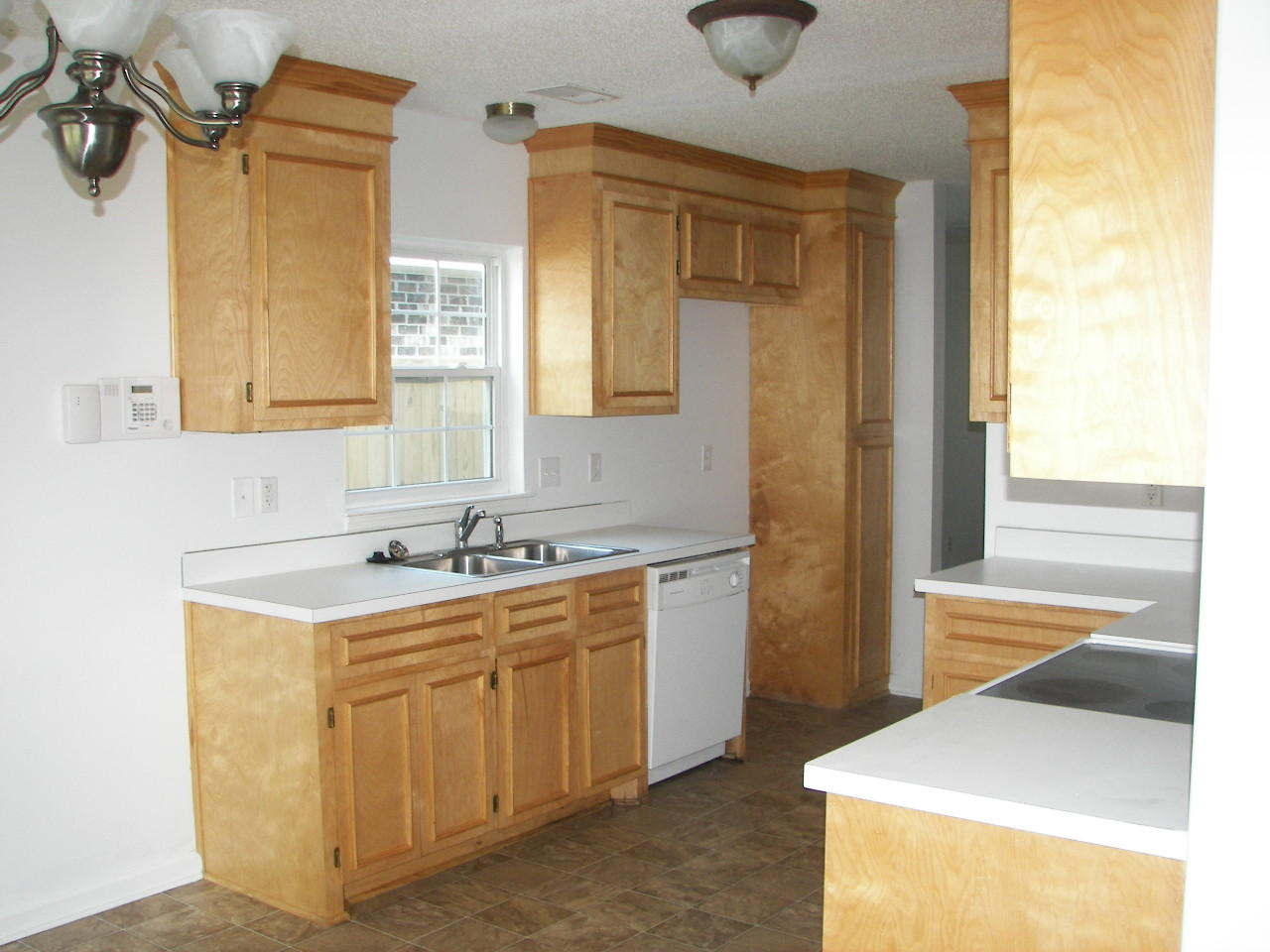 Ashley Plantation Homes For Sale - 1219 Jeanna, Summerville, SC - 2