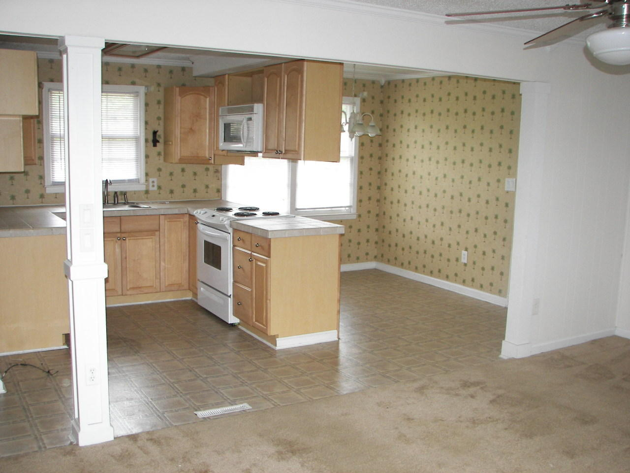 Glendale Acres Homes For Sale - 214 Ruby, Summerville, SC - 0