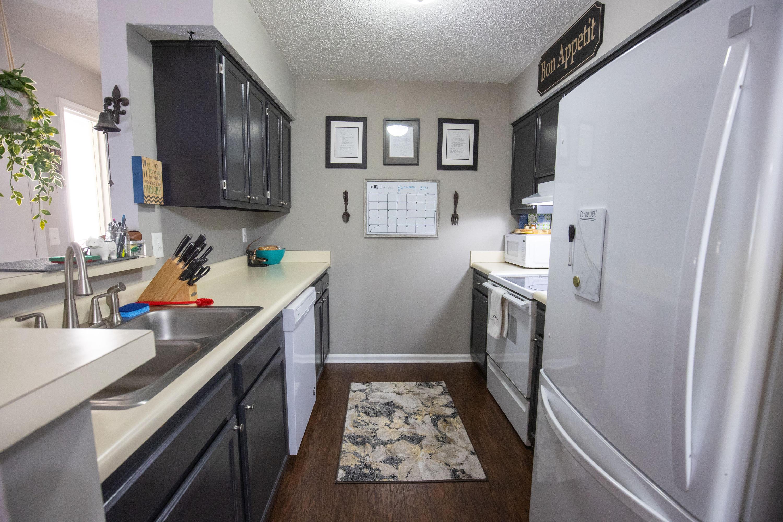 Hibben Ferry II Homes For Sale - 1054 Anna Knapp, Mount Pleasant, SC - 12