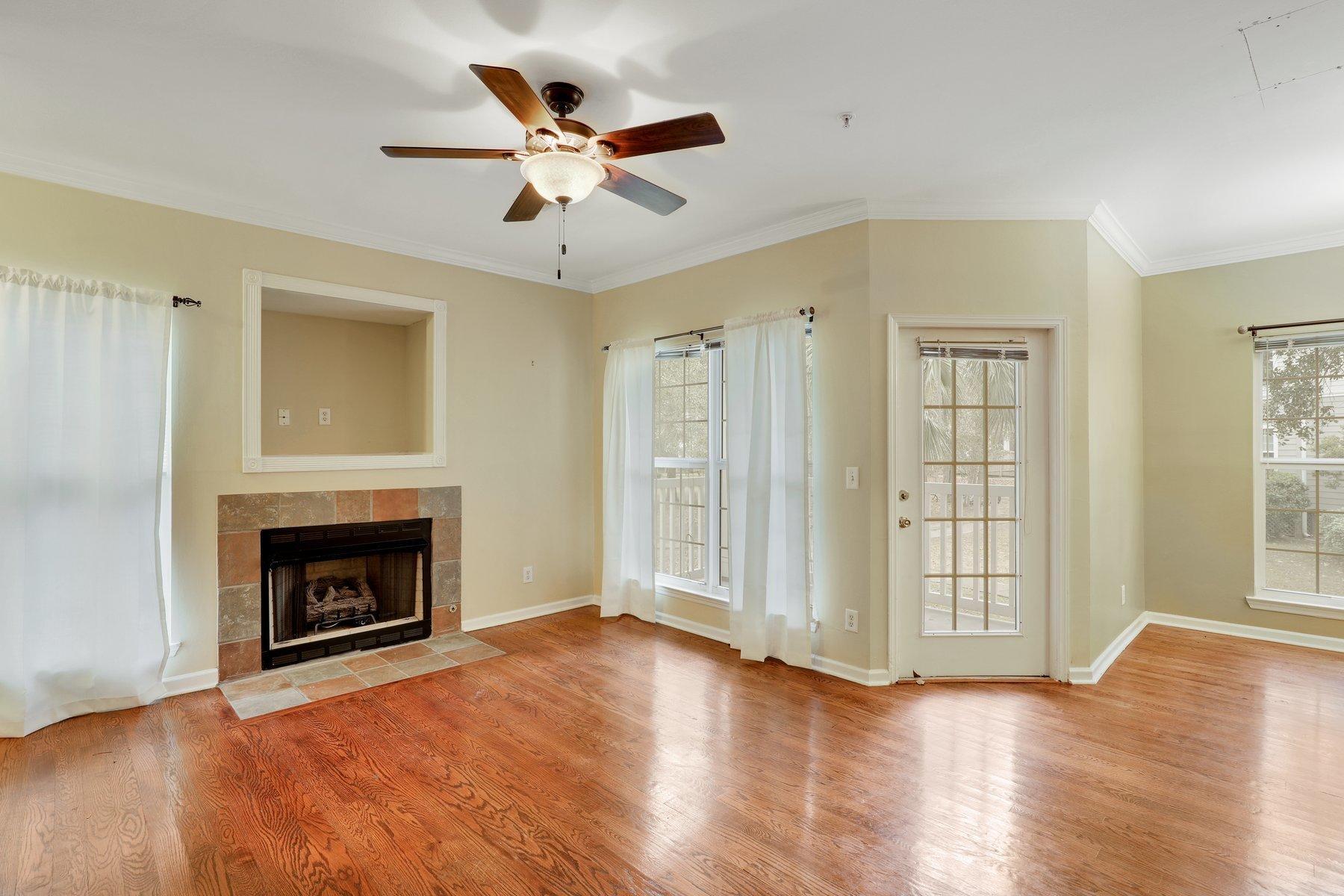 The Peninsula Condominiums Homes For Sale - 700 Daniel Ellis, Charleston, SC - 7