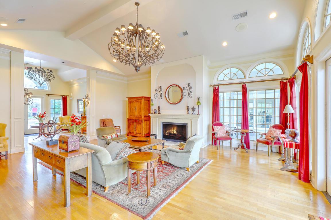 The Peninsula Condominiums Homes For Sale - 700 Daniel Ellis, Charleston, SC - 32