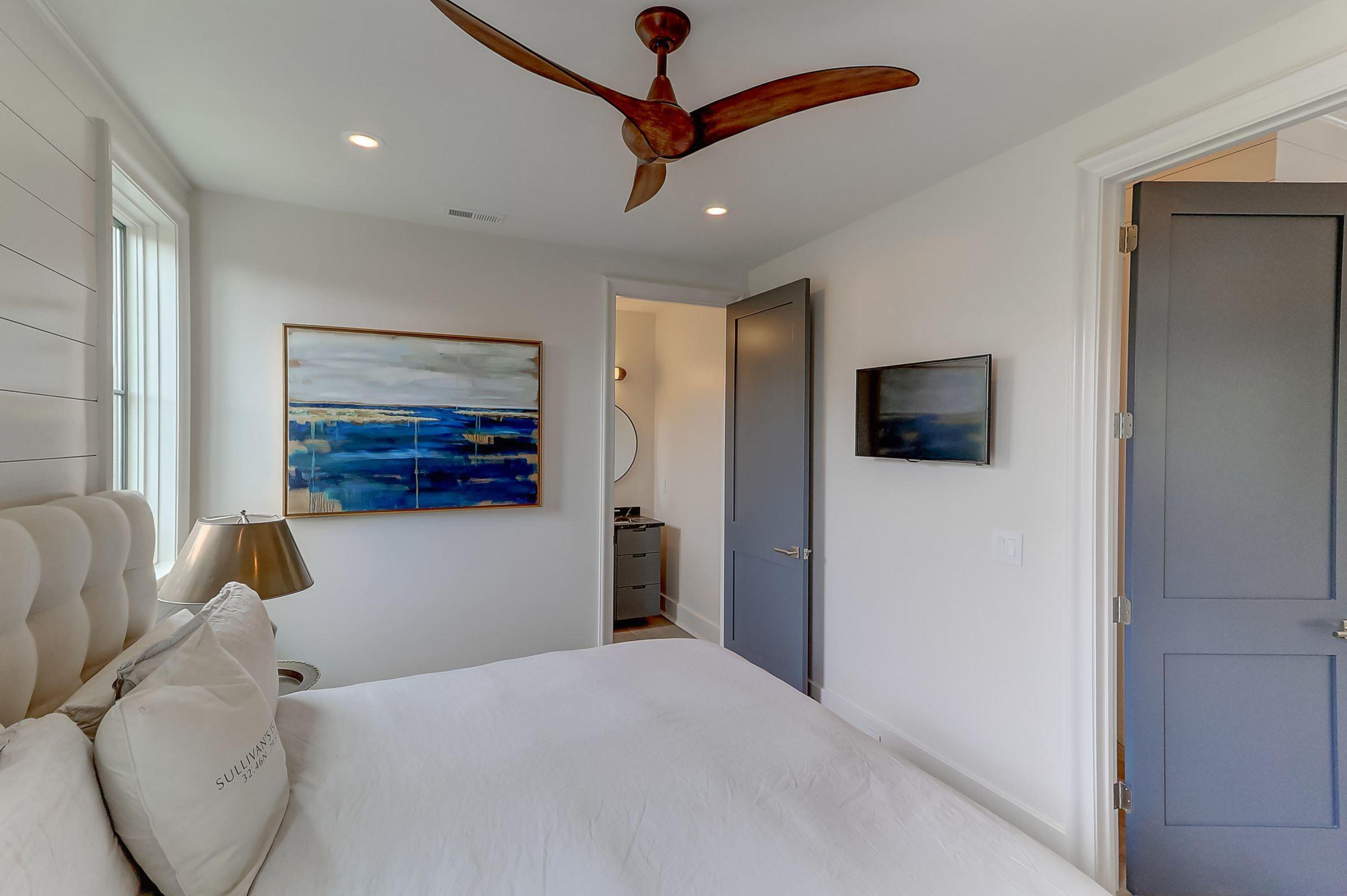 Sullivans Island Homes For Sale - 918 Middle, Sullivans Island, SC - 16