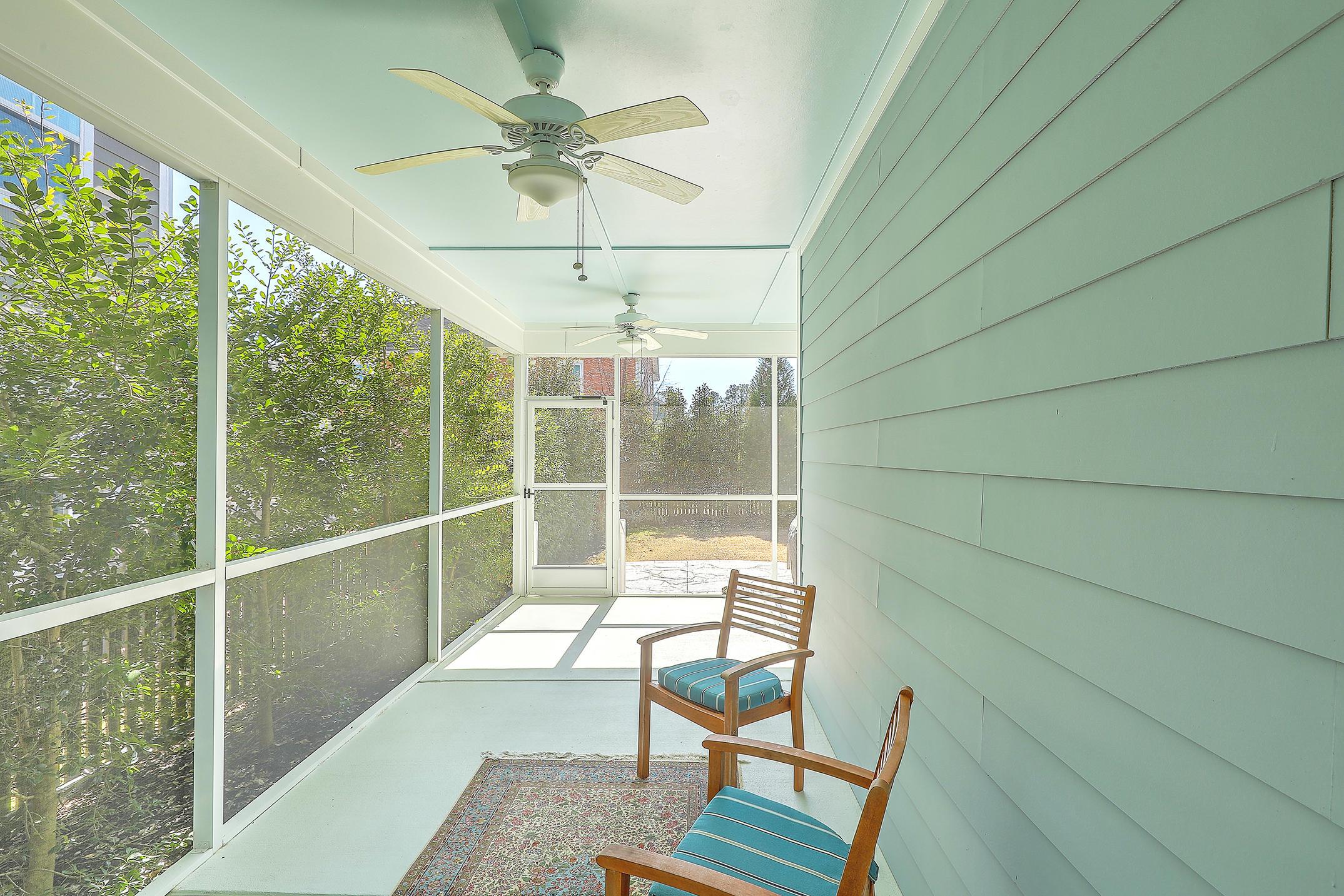 Carnes Crossroads Homes For Sale - 627 Van Buren, Summerville, SC - 10
