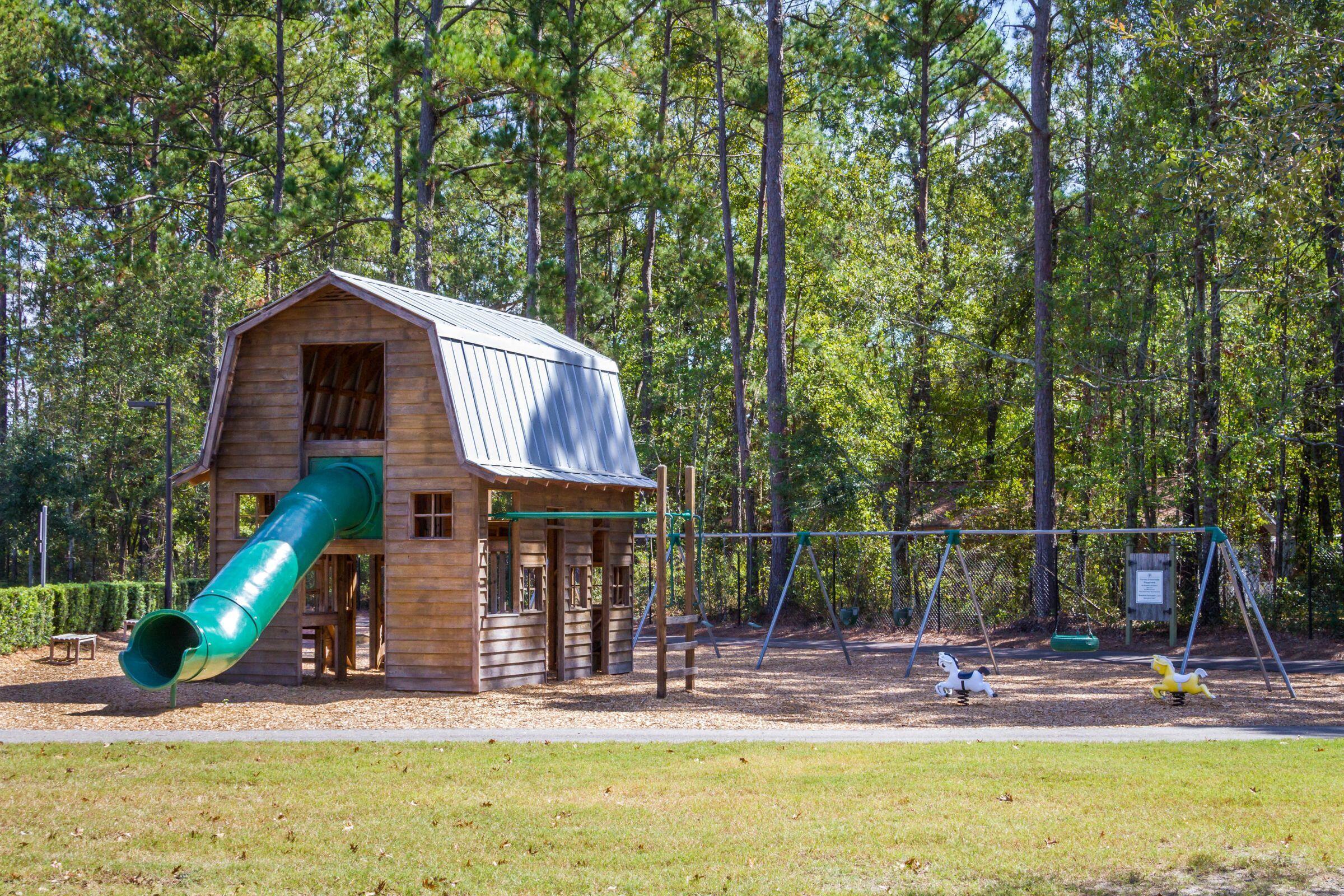 Carnes Crossroads Homes For Sale - 627 Van Buren, Summerville, SC - 44