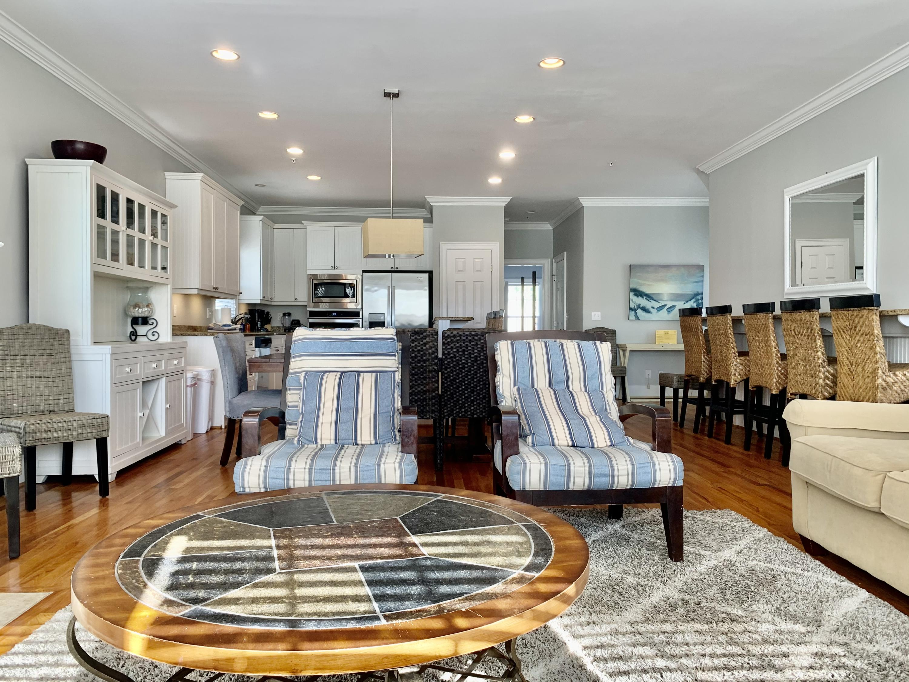 6 10th Avenue, Isle of Palms, 29451, 7 Bedrooms Bedrooms, ,5 BathroomsBathrooms,Residential,For Sale,10th,21004180