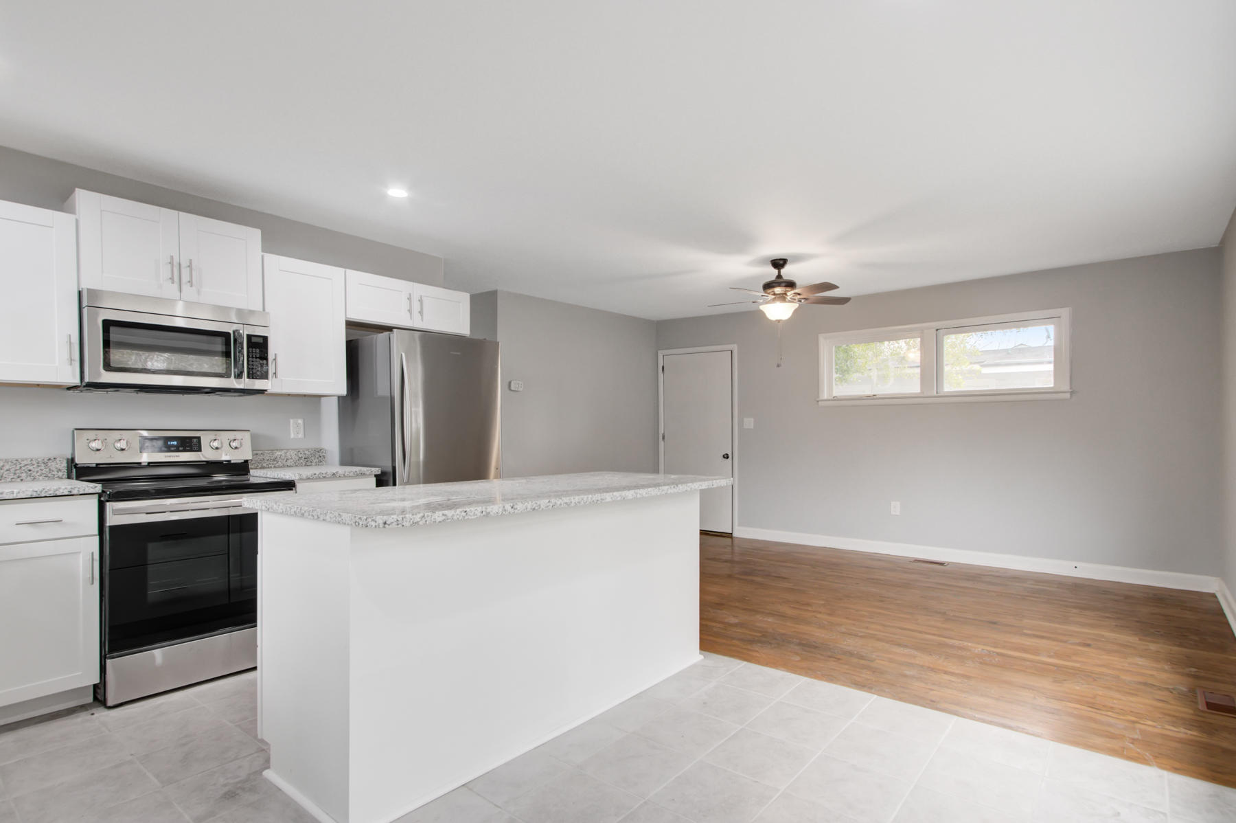 Port Park Homes For Sale - 5820 Sledge, Hanahan, SC - 4