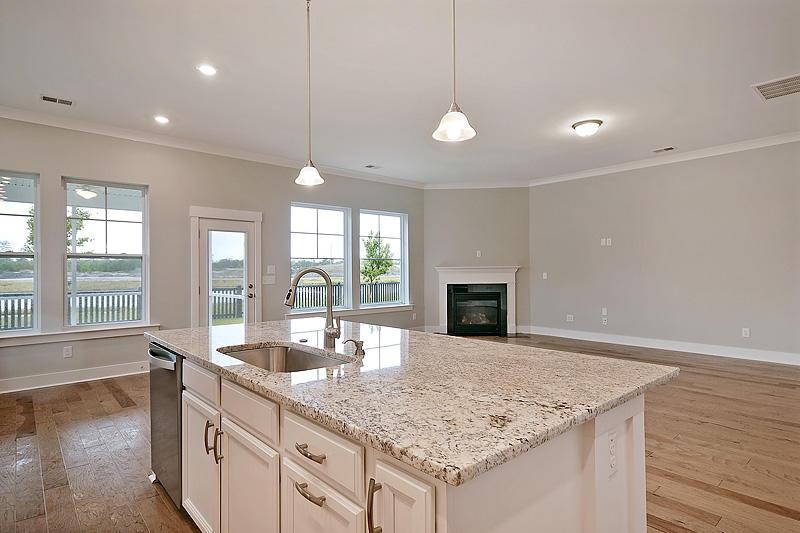 Carnes Crossroads Homes For Sale - 125 Philips Park, Summerville, SC - 42