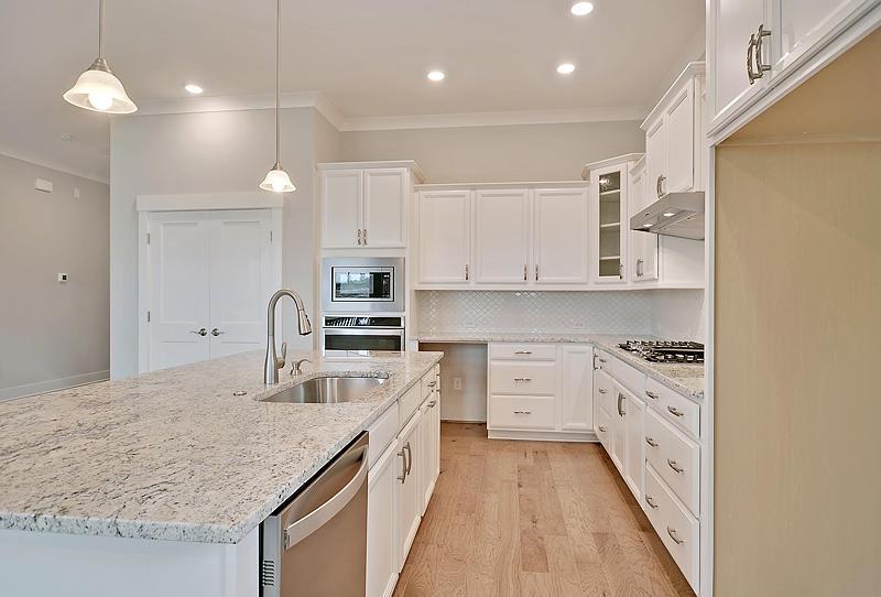 Carnes Crossroads Homes For Sale - 125 Philips Park, Summerville, SC - 35