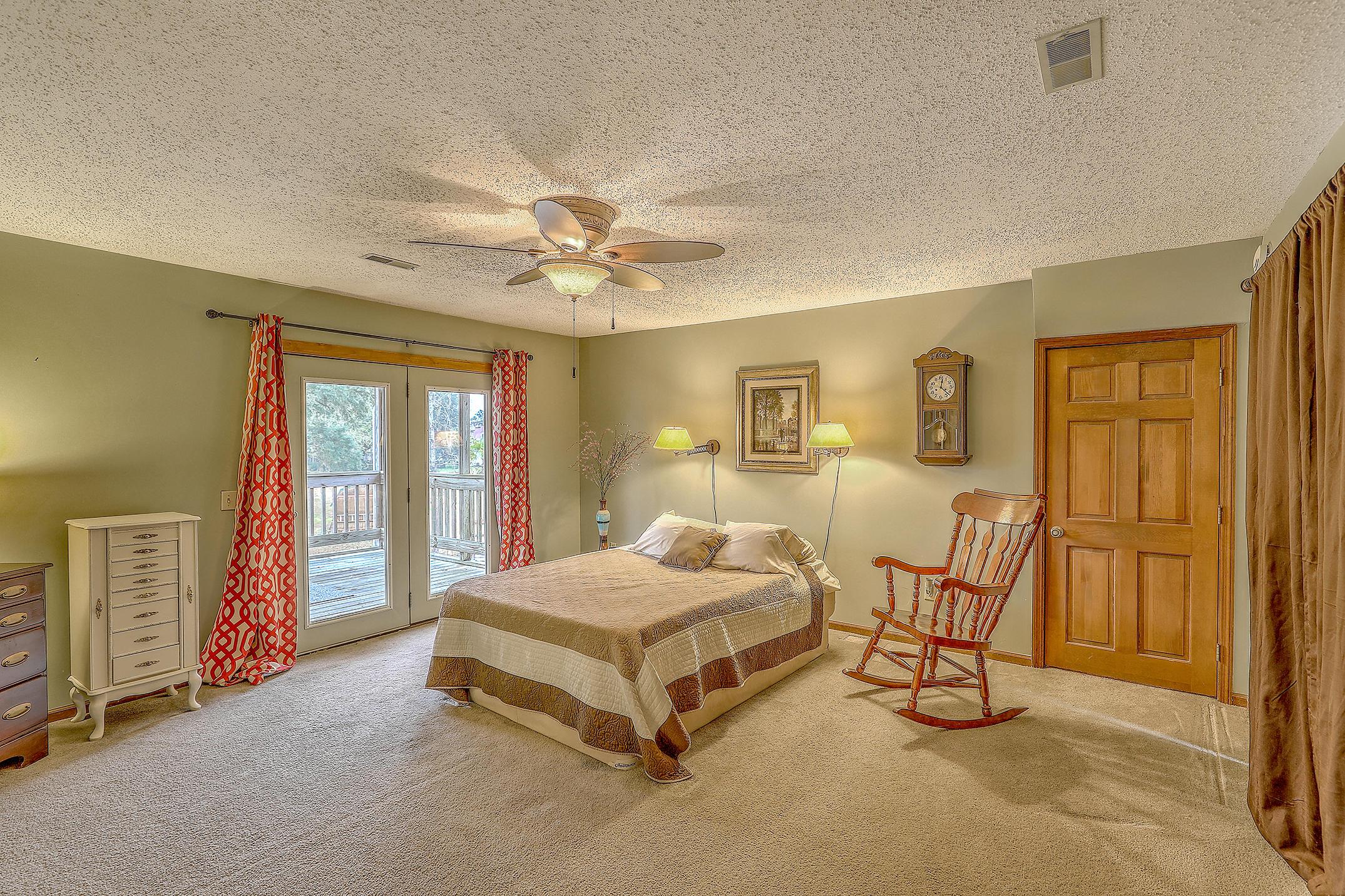 1913 Rock Fish Road, Moncks Corner, 29461, 5 Bedrooms Bedrooms, ,3 BathroomsBathrooms,Residential,For Sale,Rock Fish,21004567