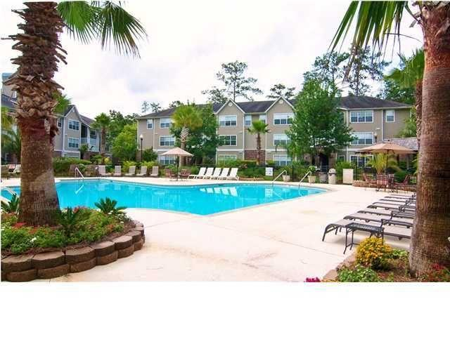 Midland Terrace Homes For Sale - 188 Midland Parkway 421, Summerville, SC - 2
