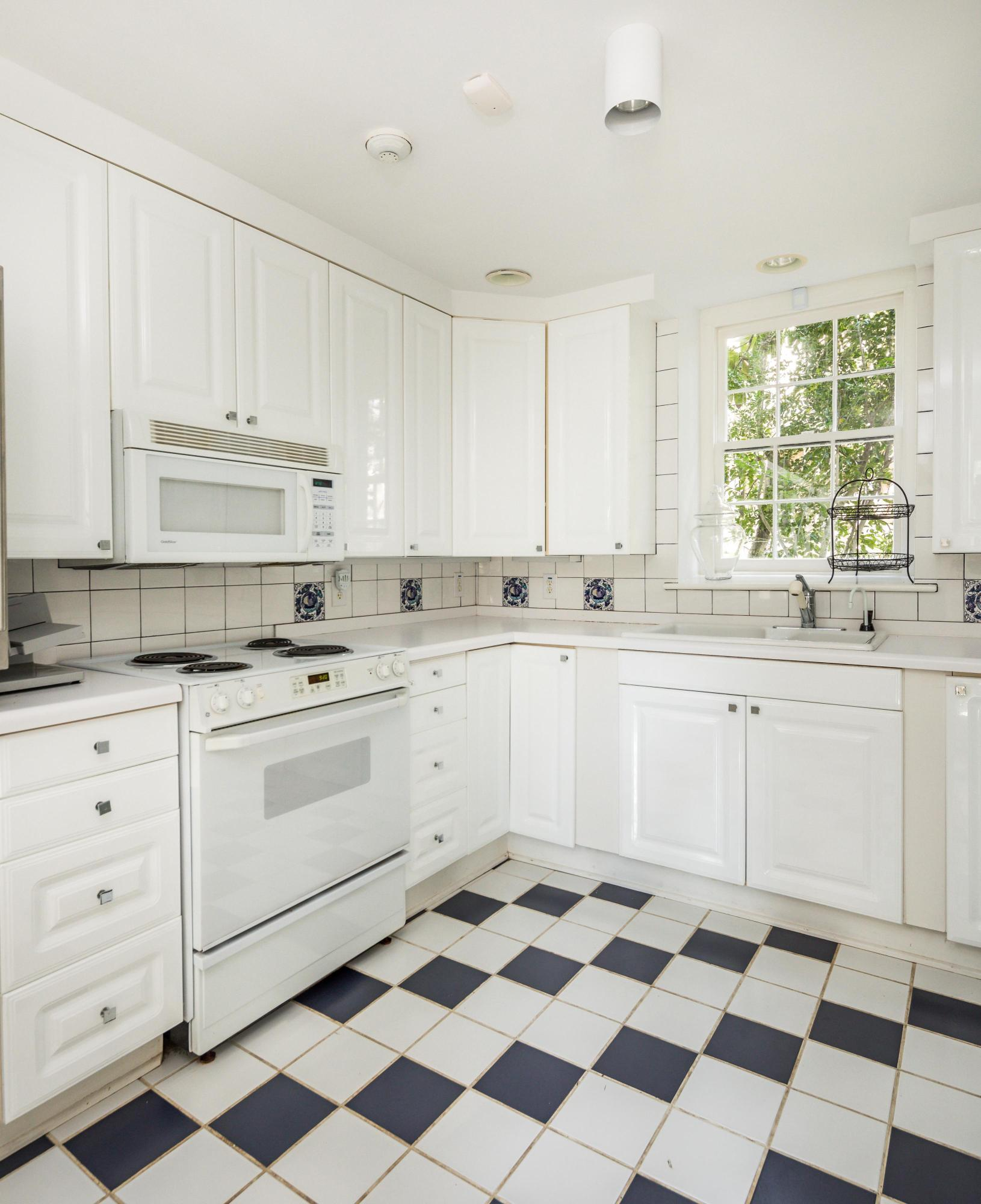 South of Broad Homes For Sale - 18 Church, Charleston, SC - 45