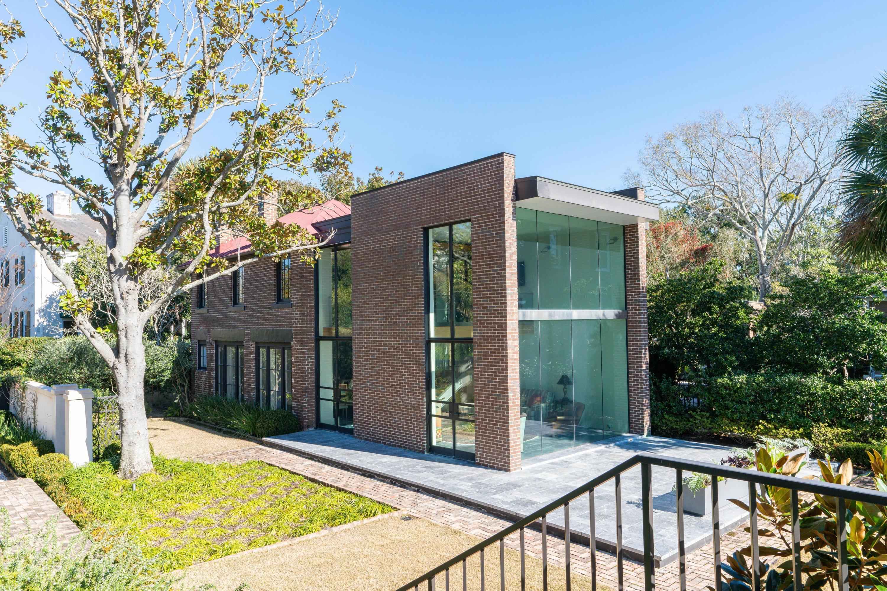 South of Broad Homes For Sale - 50 & 52 Murray, Charleston, SC - 32