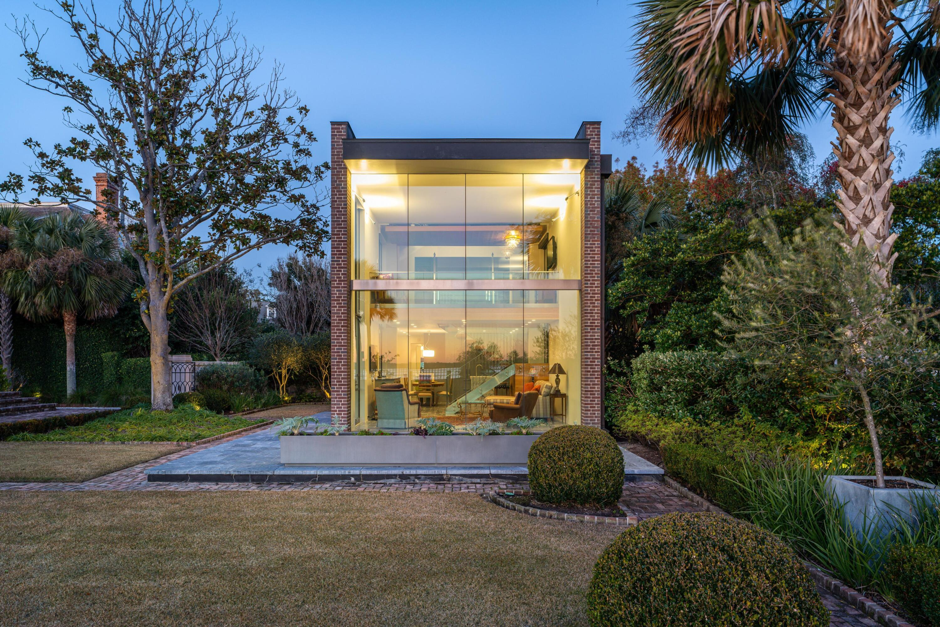 South of Broad Homes For Sale - 50 & 52 Murray, Charleston, SC - 101