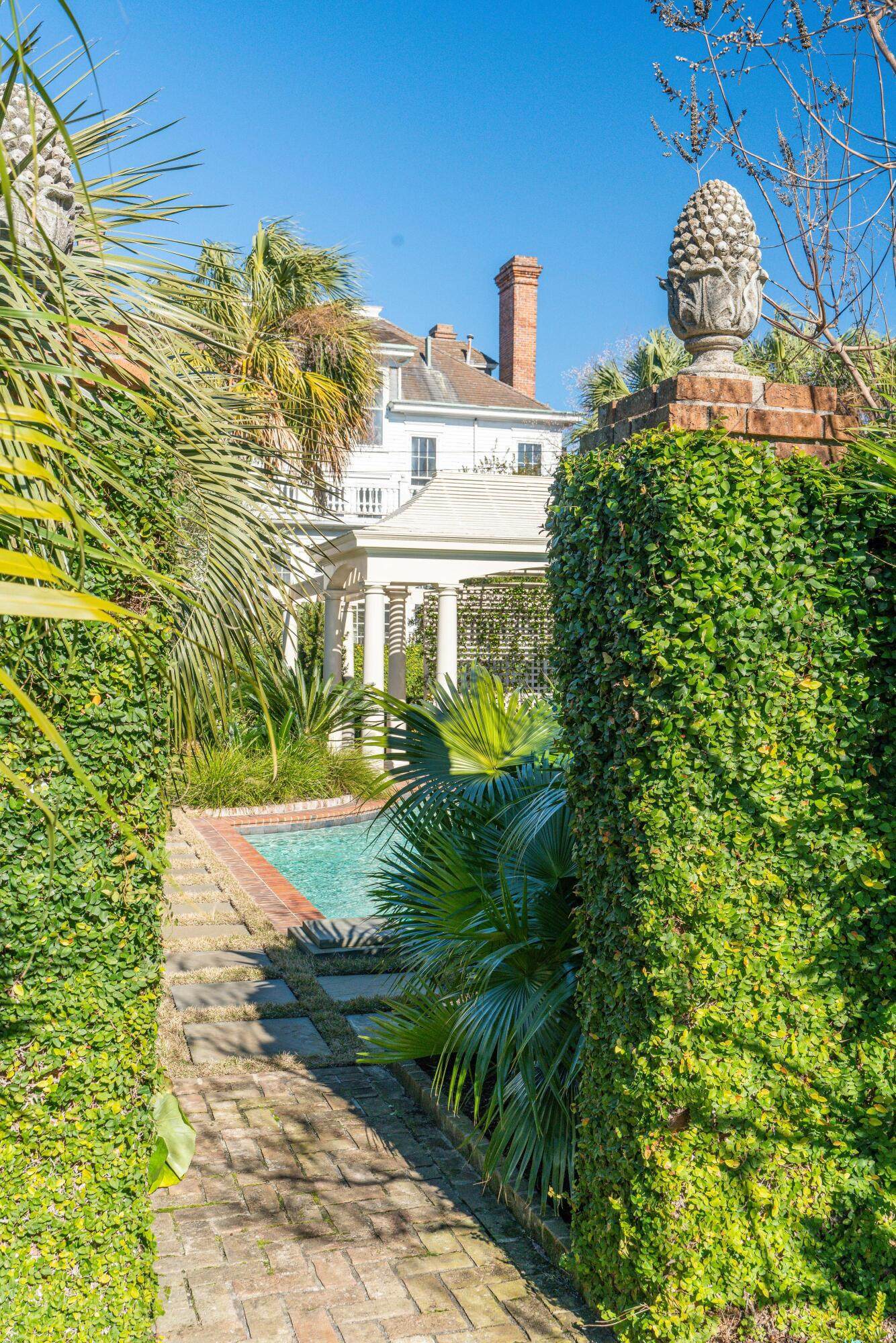 South of Broad Homes For Sale - 50 & 52 Murray, Charleston, SC - 90