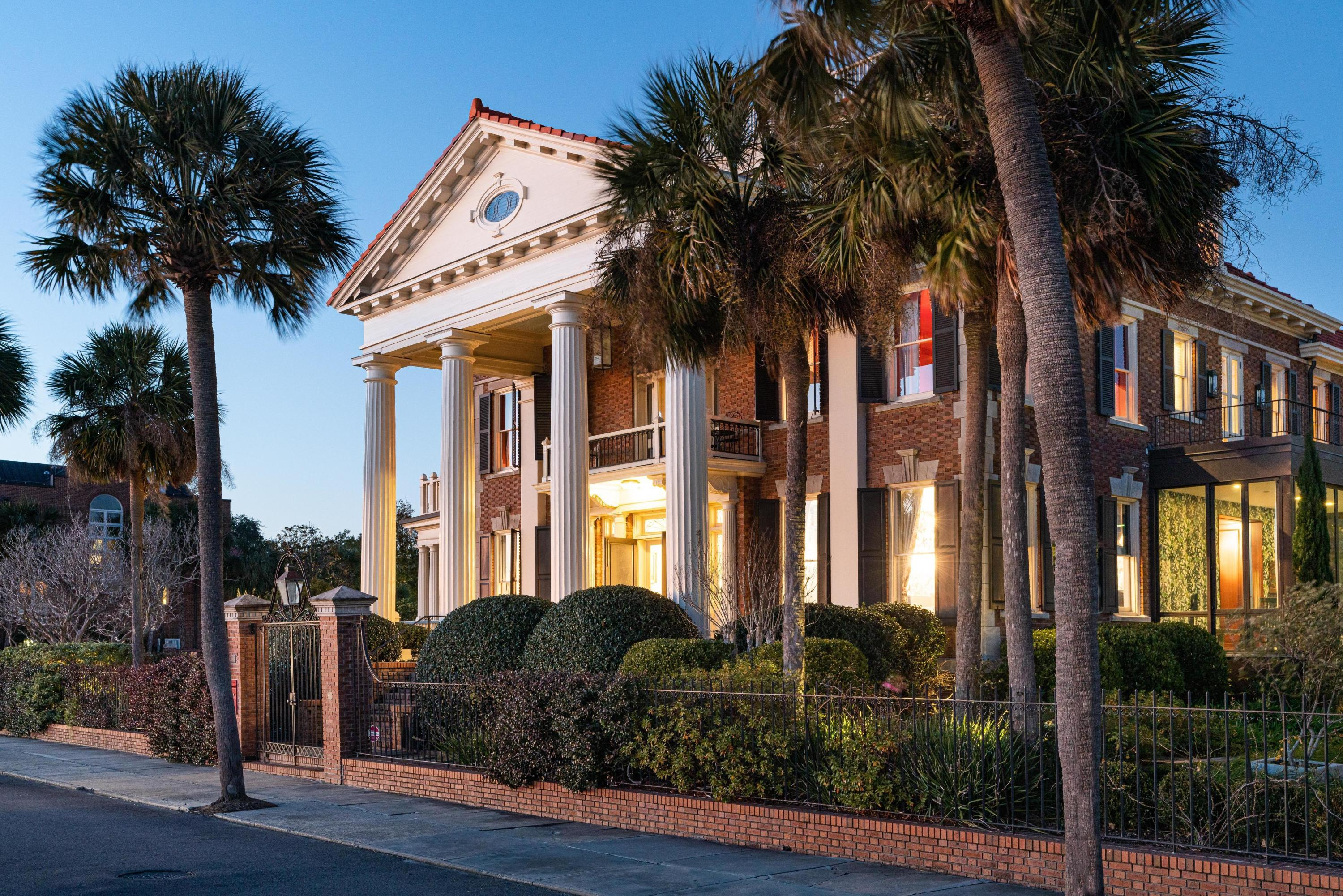 South of Broad Homes For Sale - 50 & 52 Murray, Charleston, SC - 92
