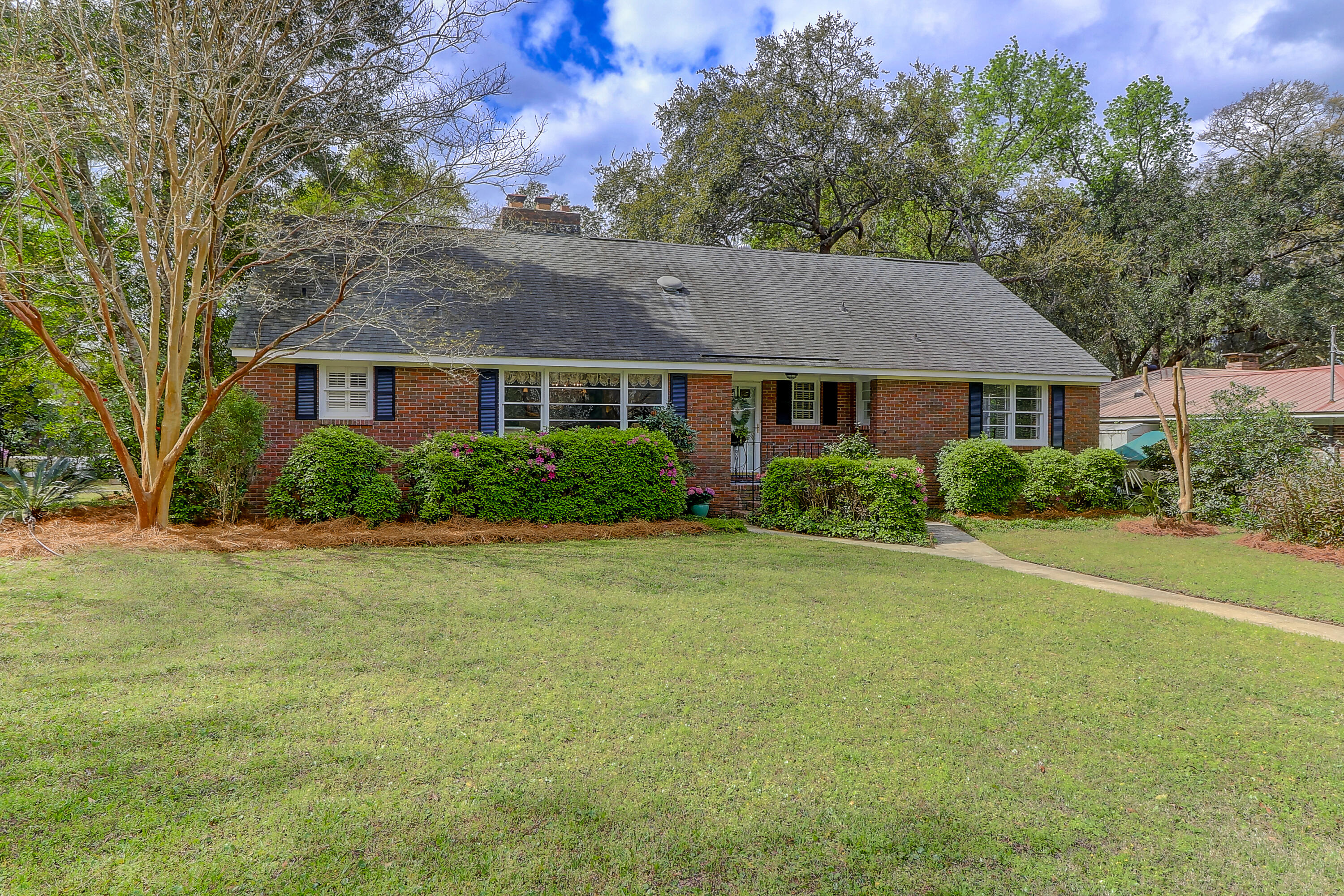 325 Hobcaw Drive Mount Pleasant $925,000.00