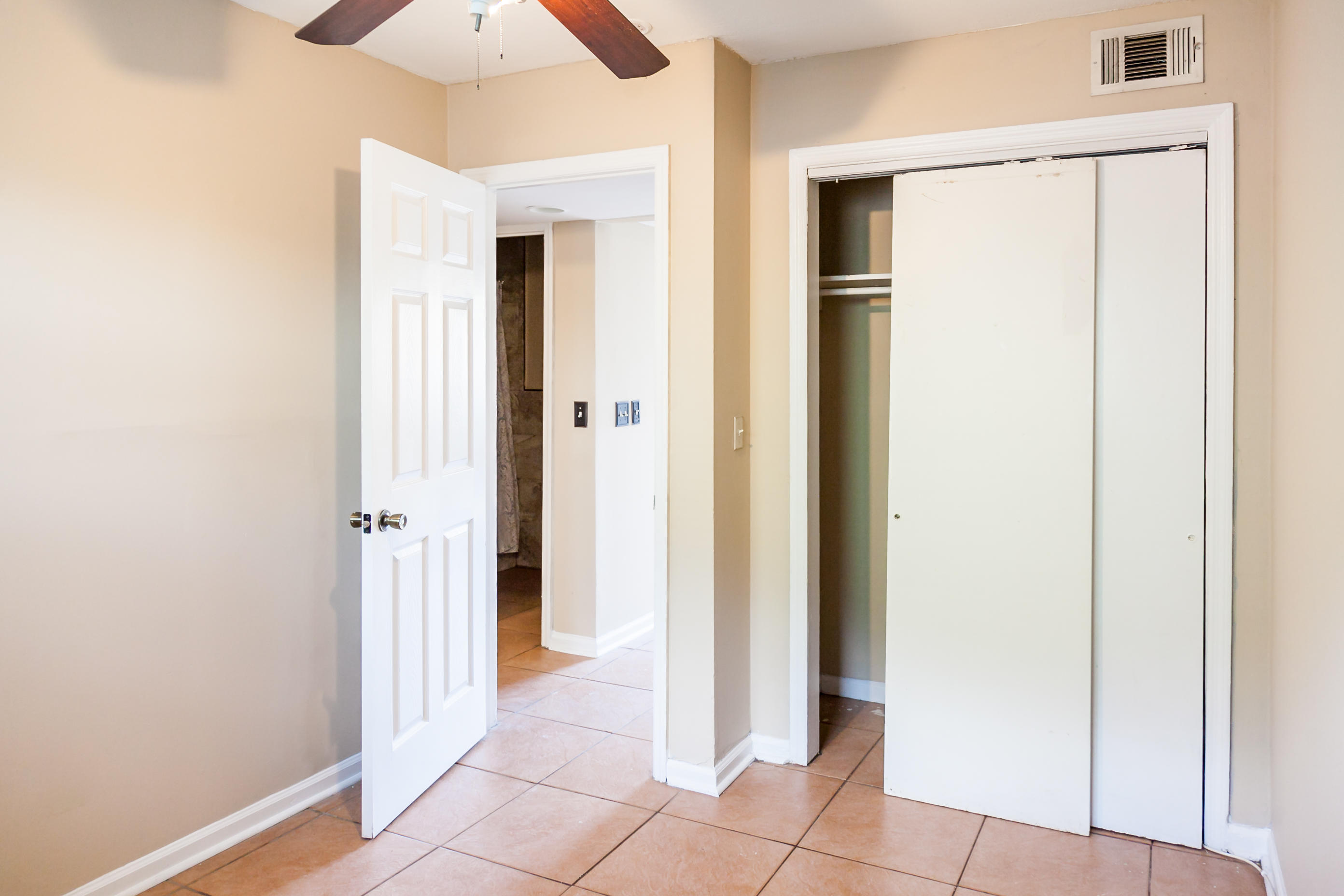 None Homes For Sale - 22 Cedar, Charleston, SC - 5