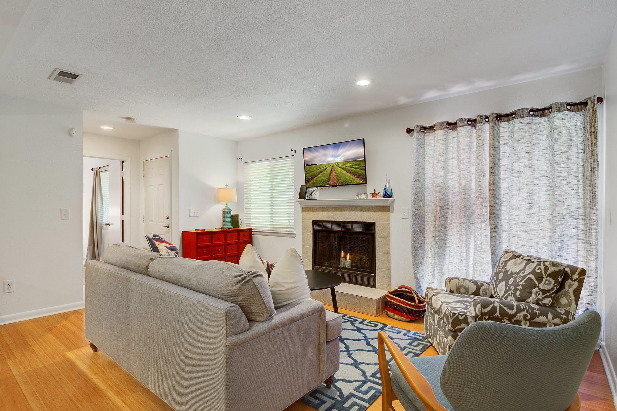 East Bridge Town Lofts Homes For Sale - 273 Alexandra, Mount Pleasant, SC - 13
