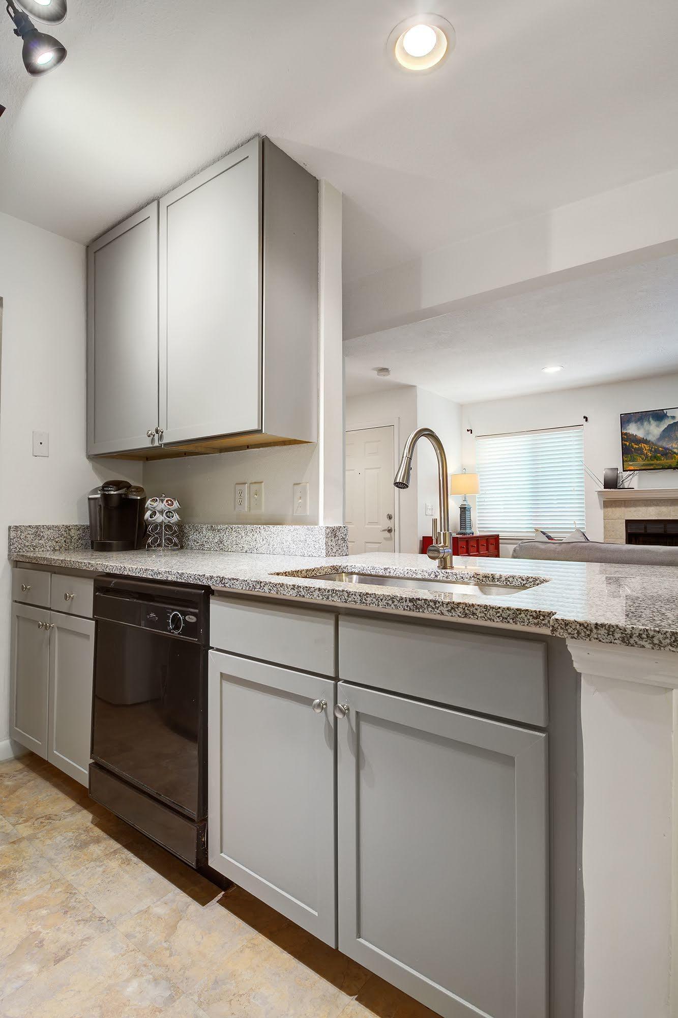 East Bridge Town Lofts Homes For Sale - 273 Alexandra, Mount Pleasant, SC - 3