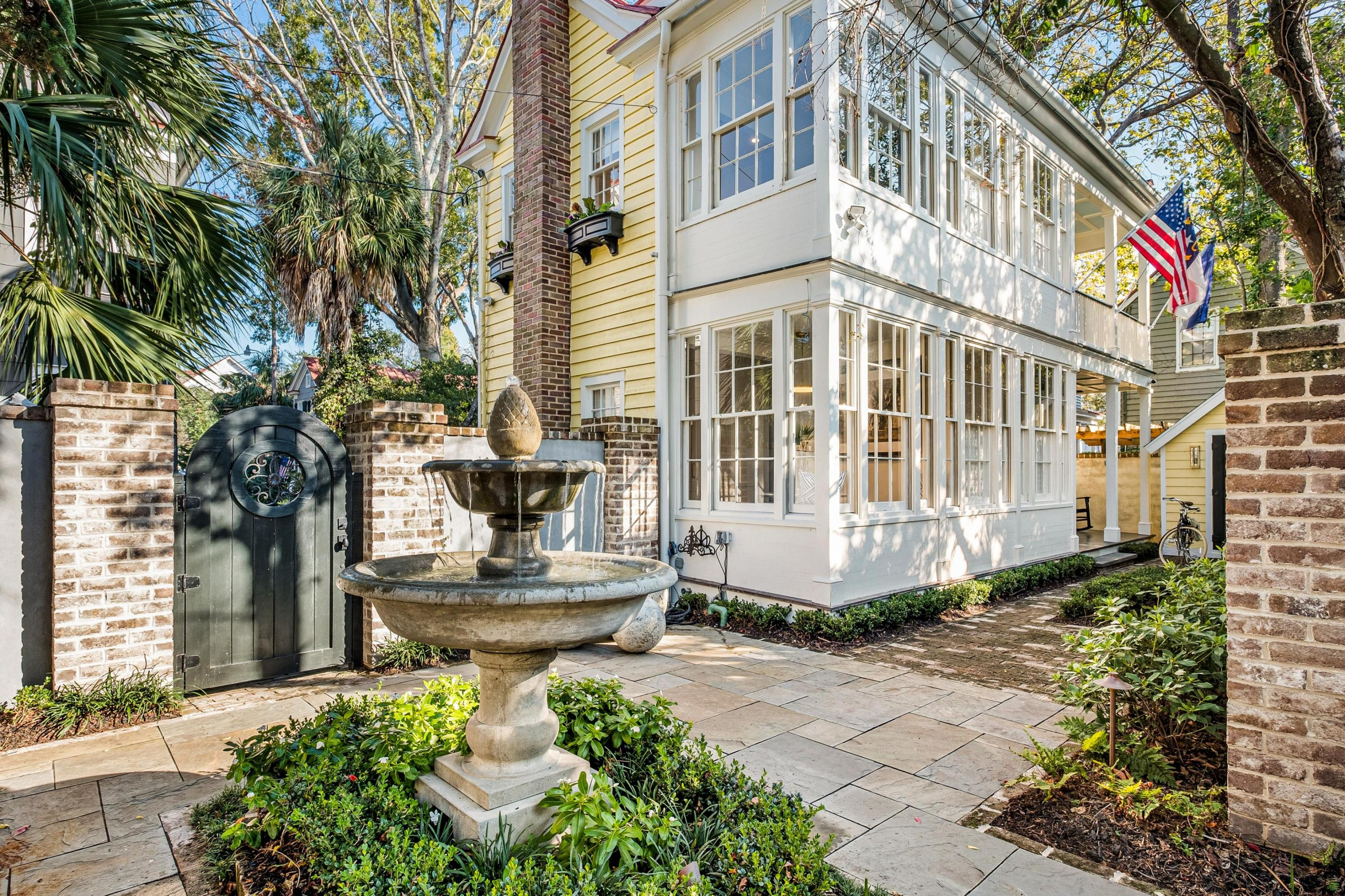 9 Talon Court Charleston $999,950.00