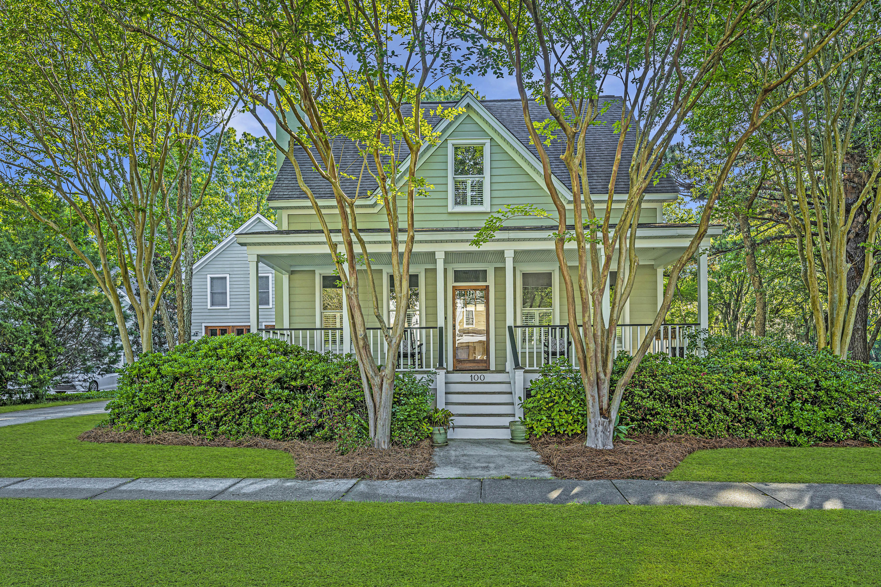 100 Beresford Creek Street Charleston $850,000.00