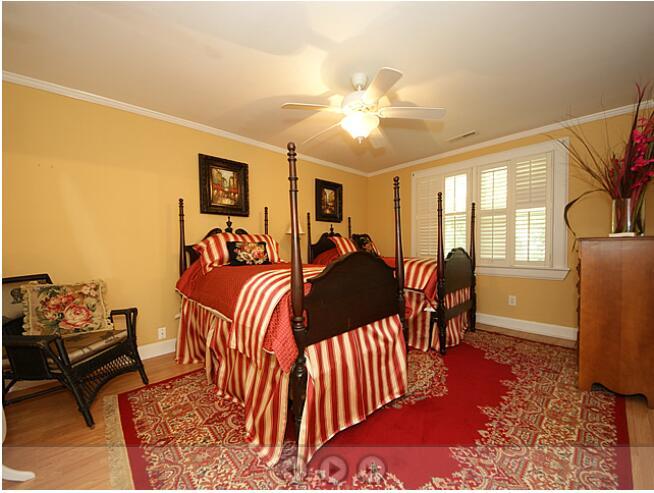 Edgewater Park Homes For Sale - 1323 Edgewater, Charleston, SC - 9