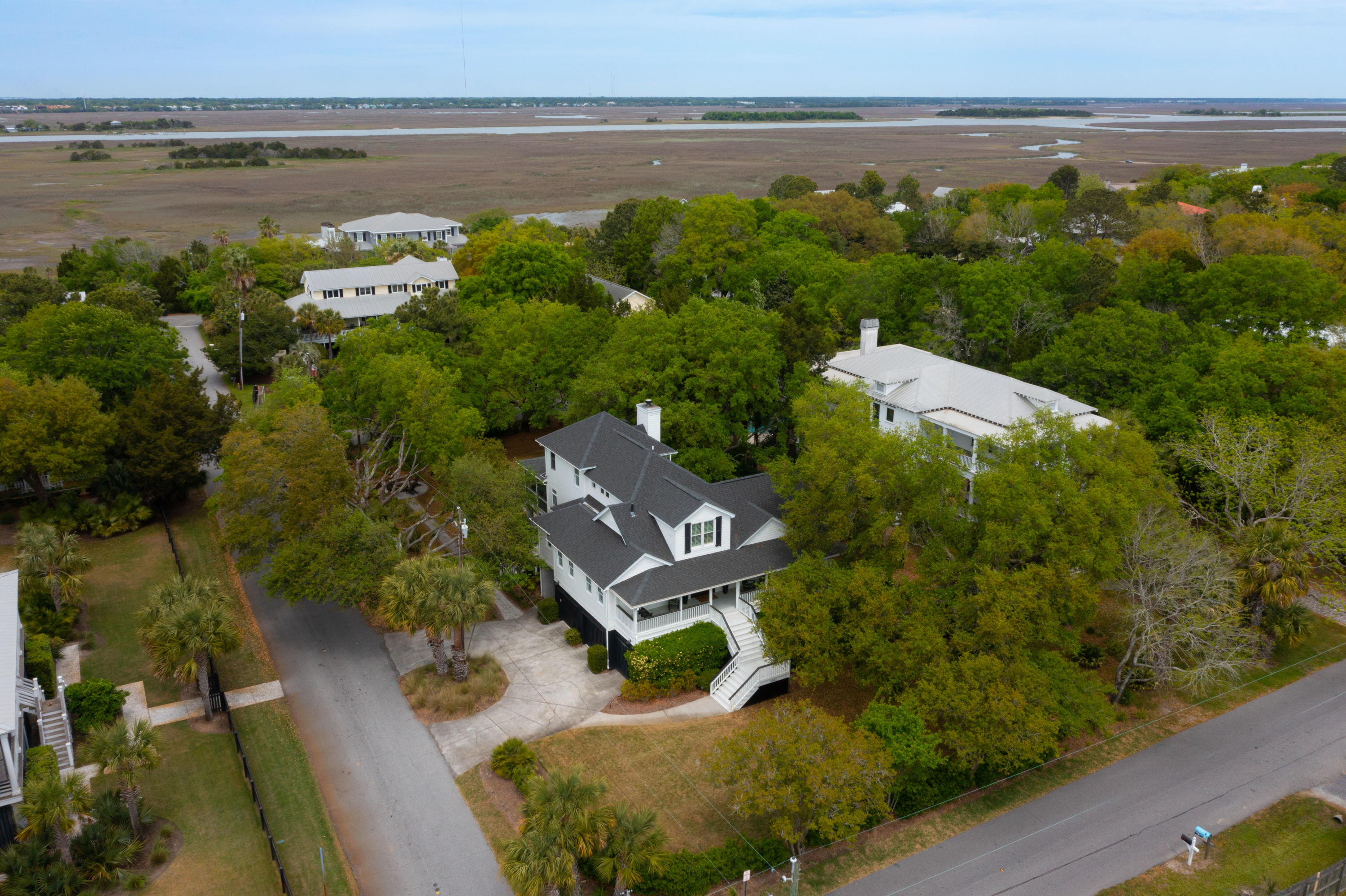 2302 Myrtle Ave, Sullivans Island, 29482, 4 Bedrooms Bedrooms, ,3 BathroomsBathrooms,For Sale,Myrtle Ave,21011967
