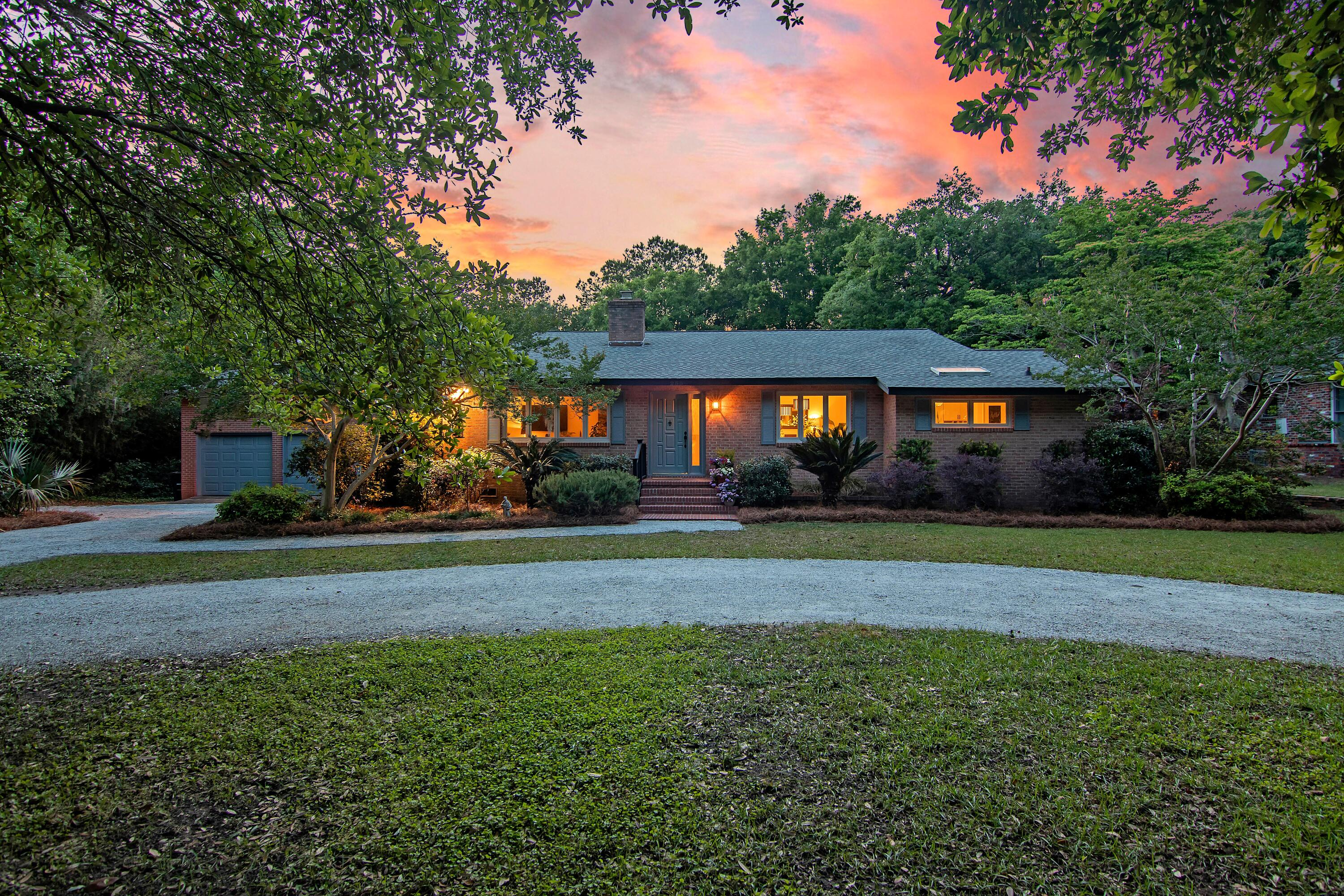 233 Coinbow Circle Mount Pleasant $1,500,000.00