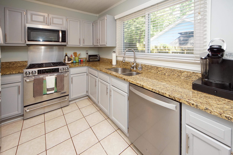 Snee Farm Homes For Sale - 1138 Ambling, Mount Pleasant, SC - 2