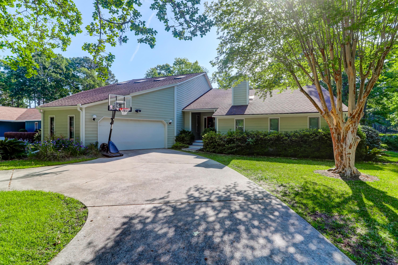 Snee Farm Homes For Sale - 1031 Royalist, Mount Pleasant, SC - 34