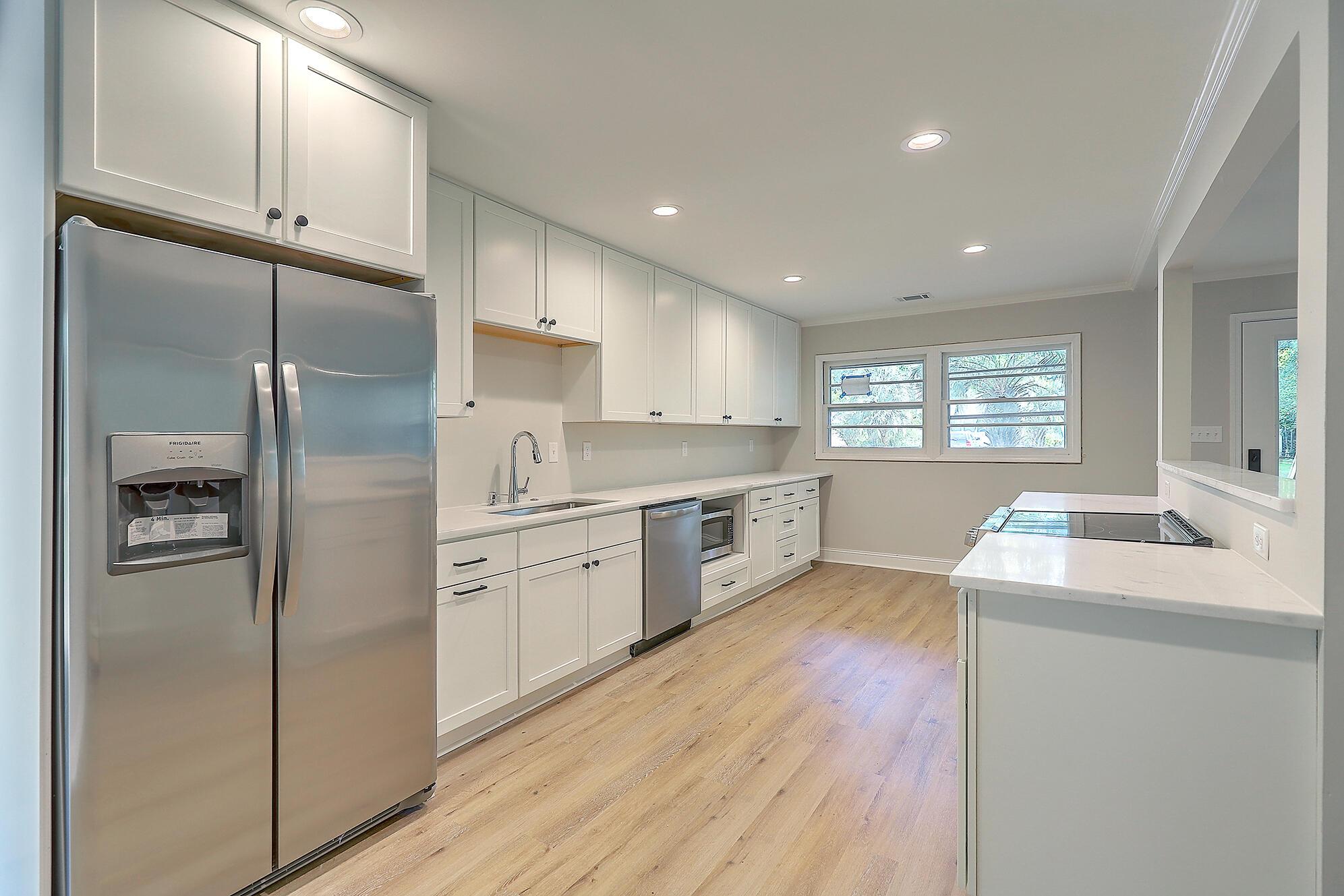 Lawton Bluff Homes For Sale - 847 Quail, Charleston, SC - 2