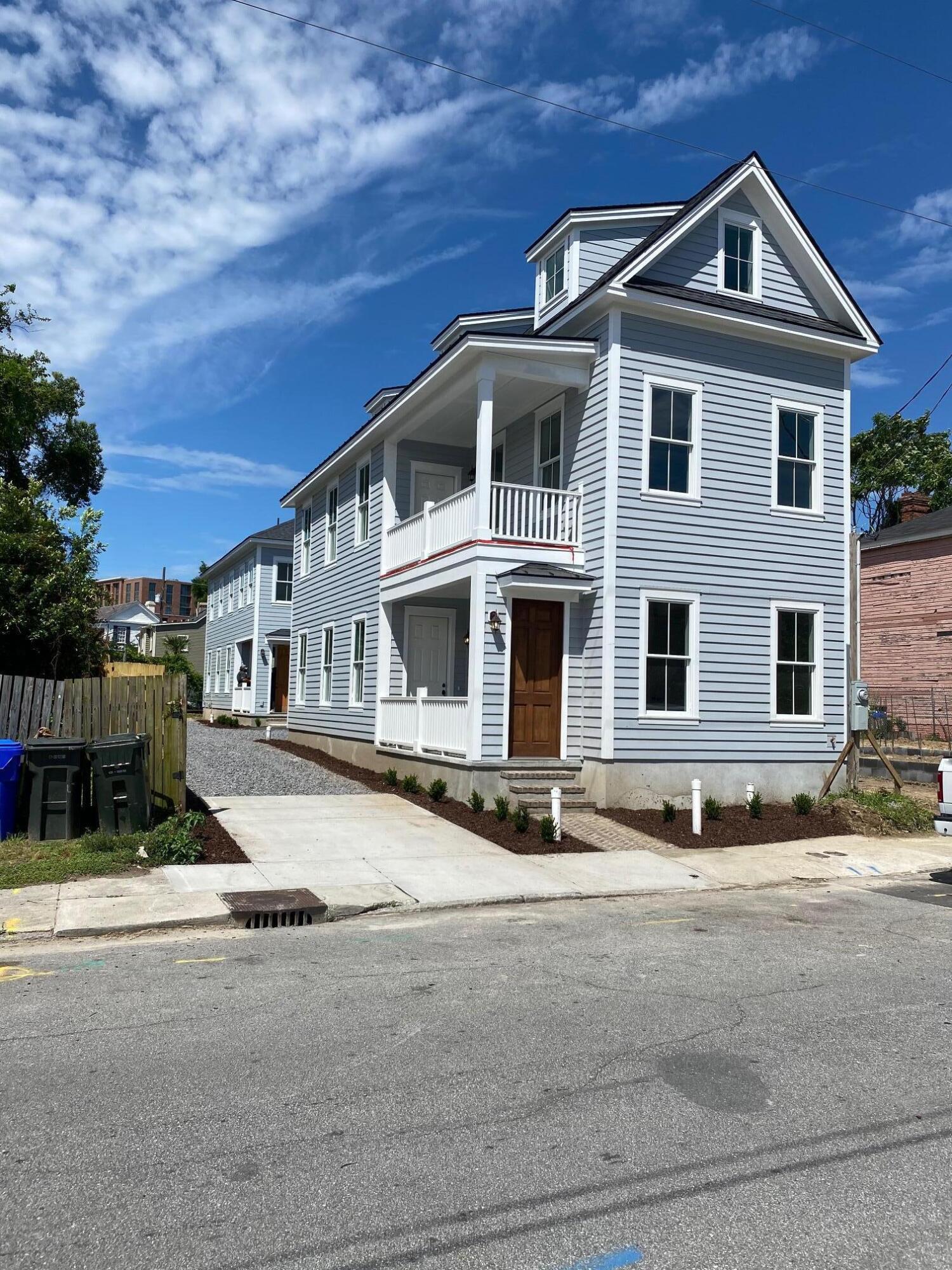 9 A&B Hanover Street, Charleston, 29403, ,MultiFamily,For Sale,Hanover,21014011