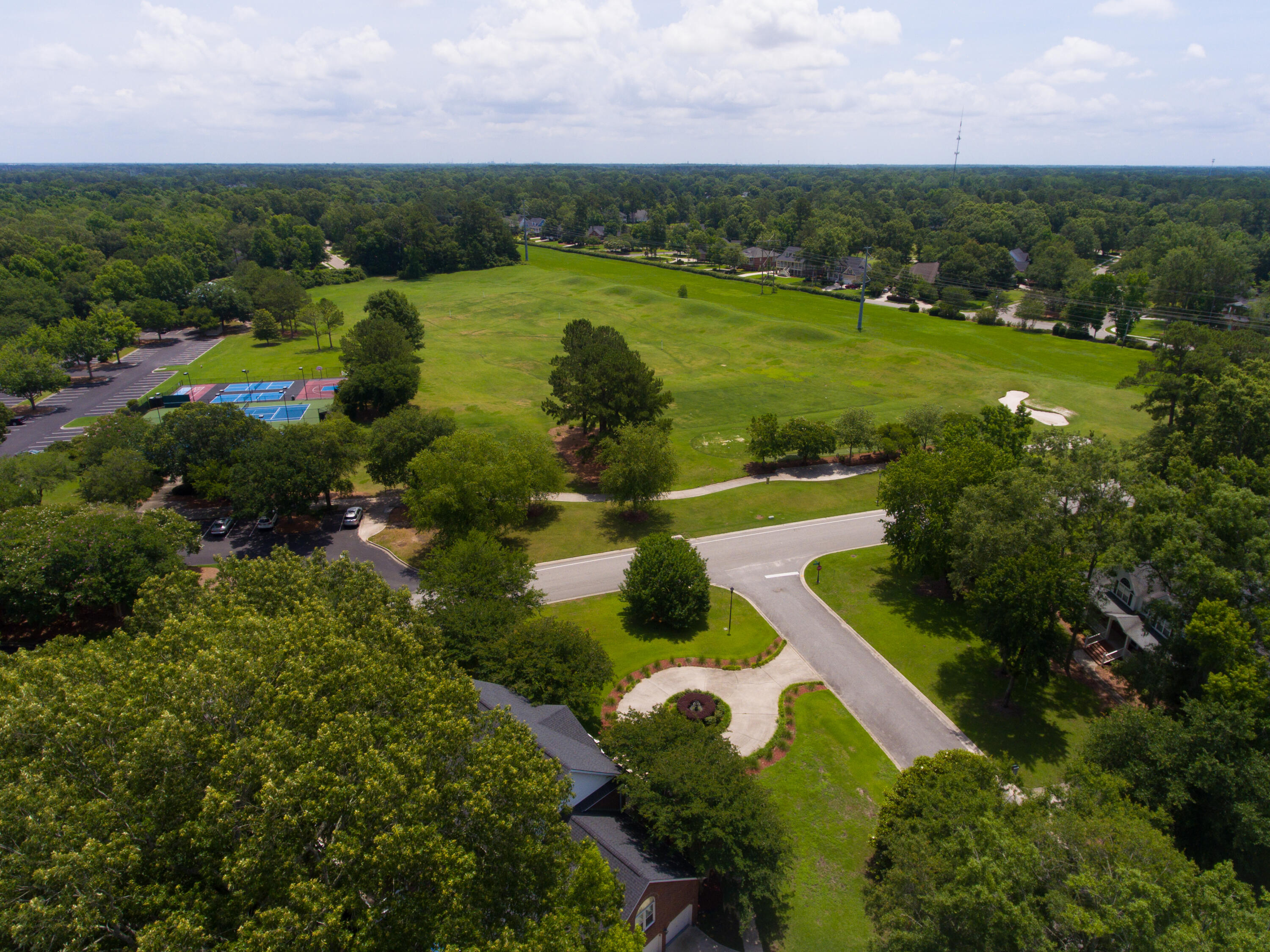 Coosaw Creek Country Club Homes For Sale - 8600 Wild Bird, North Charleston, SC - 3