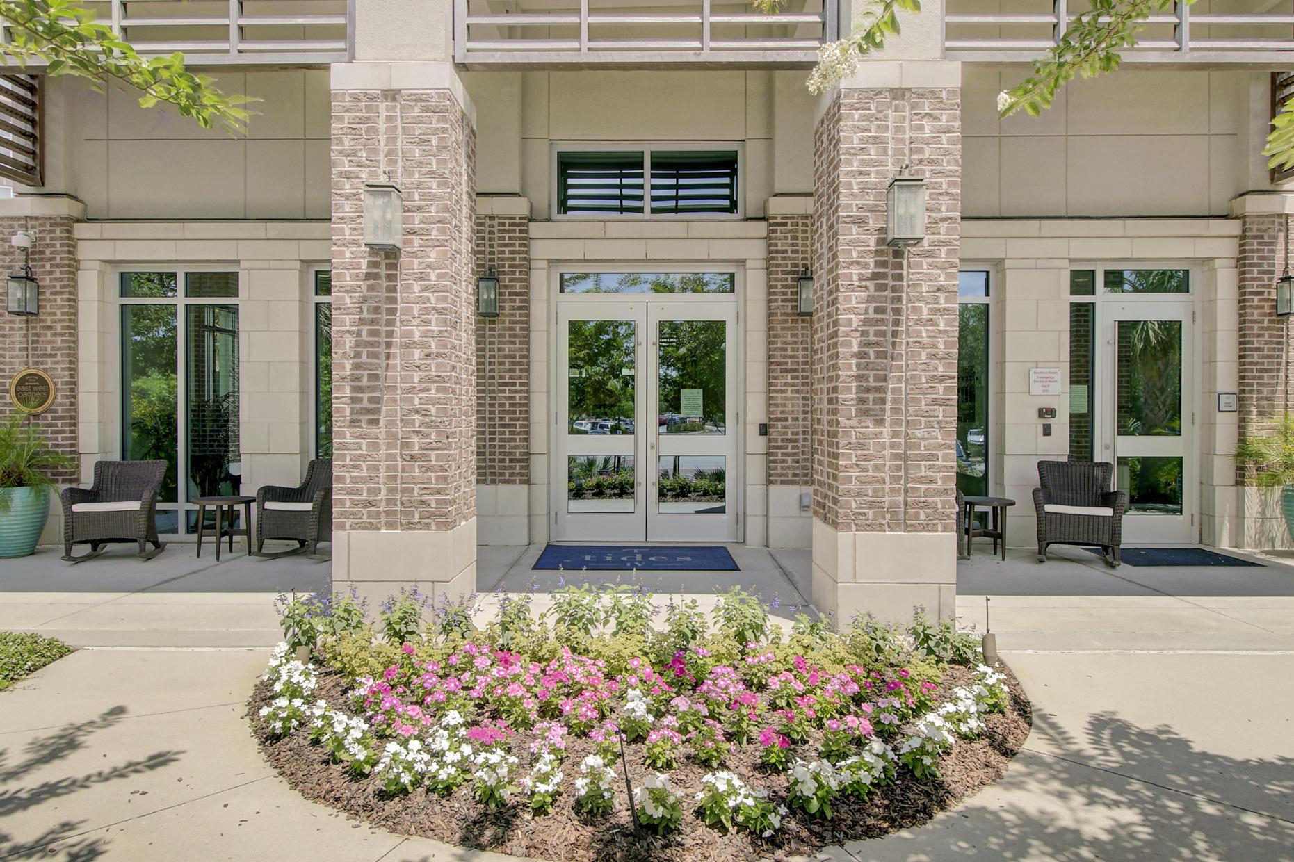 Tides IV Condominiums Homes For Sale - 155 Wingo Way, Mount Pleasant, SC - 17