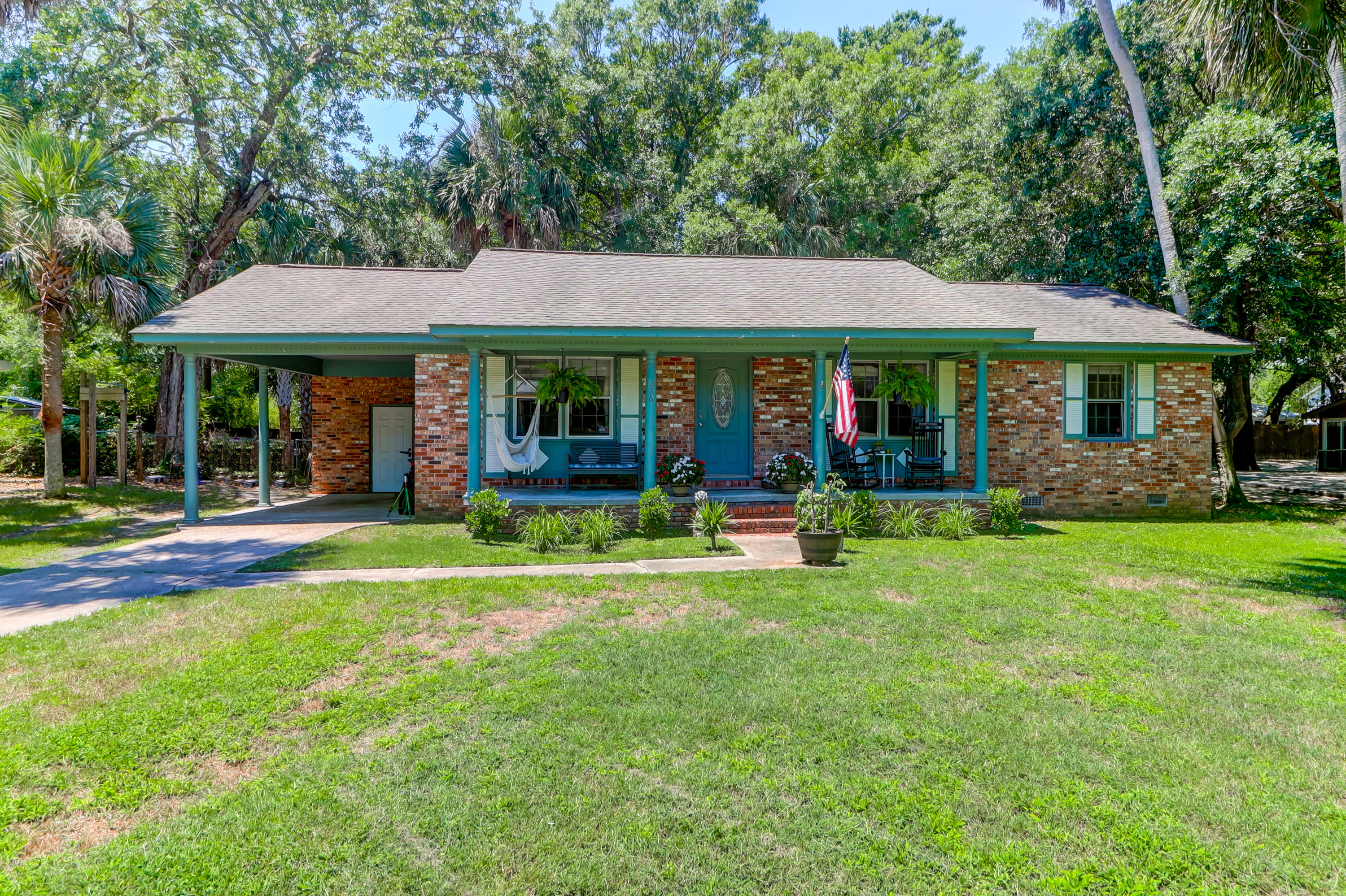226 Forest Trail Isle of Palms $735,000.00