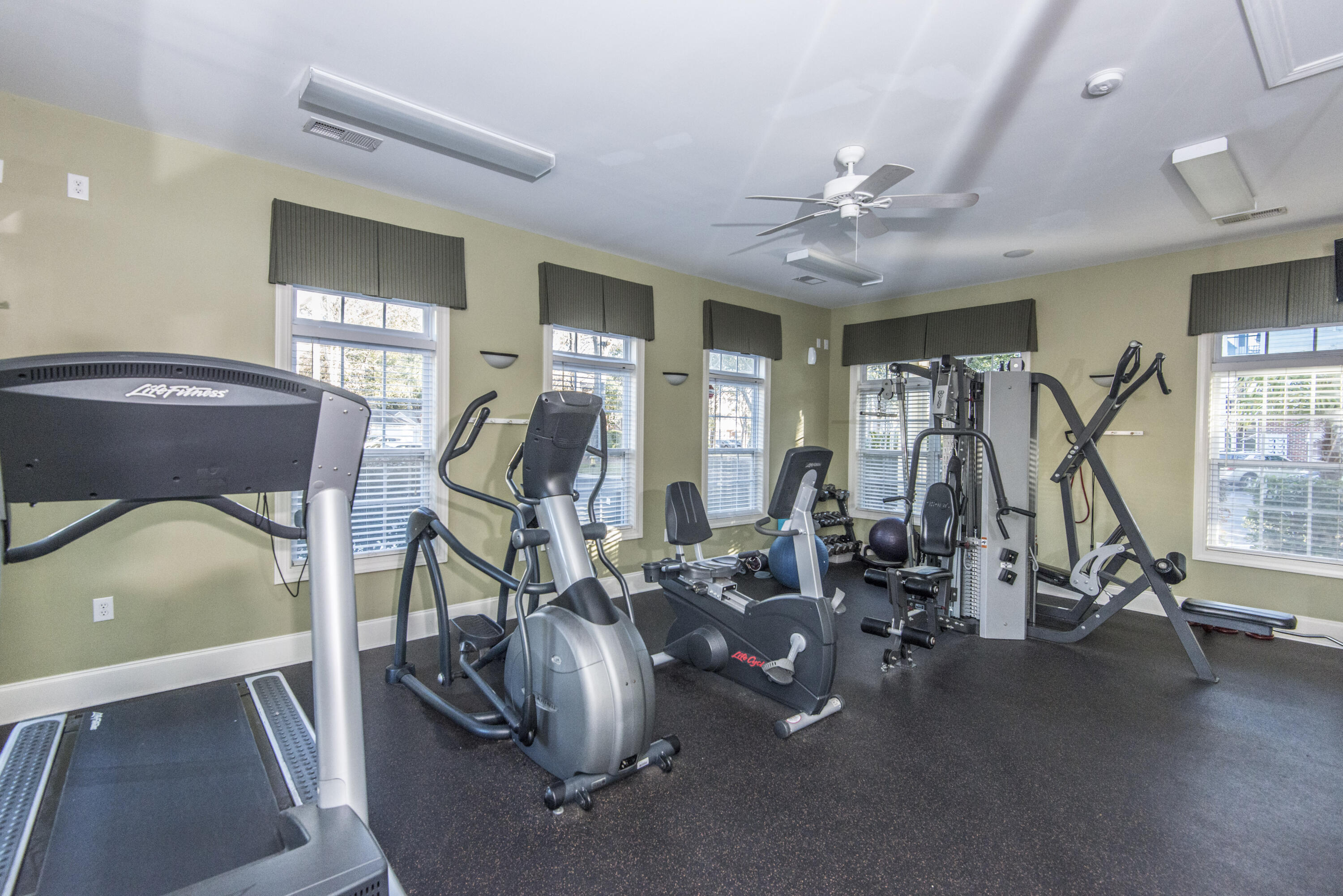 The Retreat at Riverland Homes For Sale - 1025 Riverland Woods Pl, Charleston, SC - 1