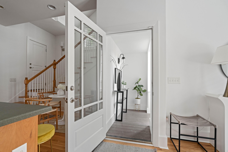 Radcliffeborough Homes For Sale - 33 Hillary, Charleston, SC - 24