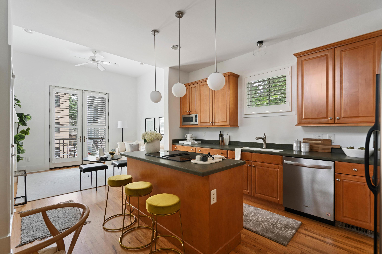 Radcliffeborough Homes For Sale - 33 Hillary, Charleston, SC - 13