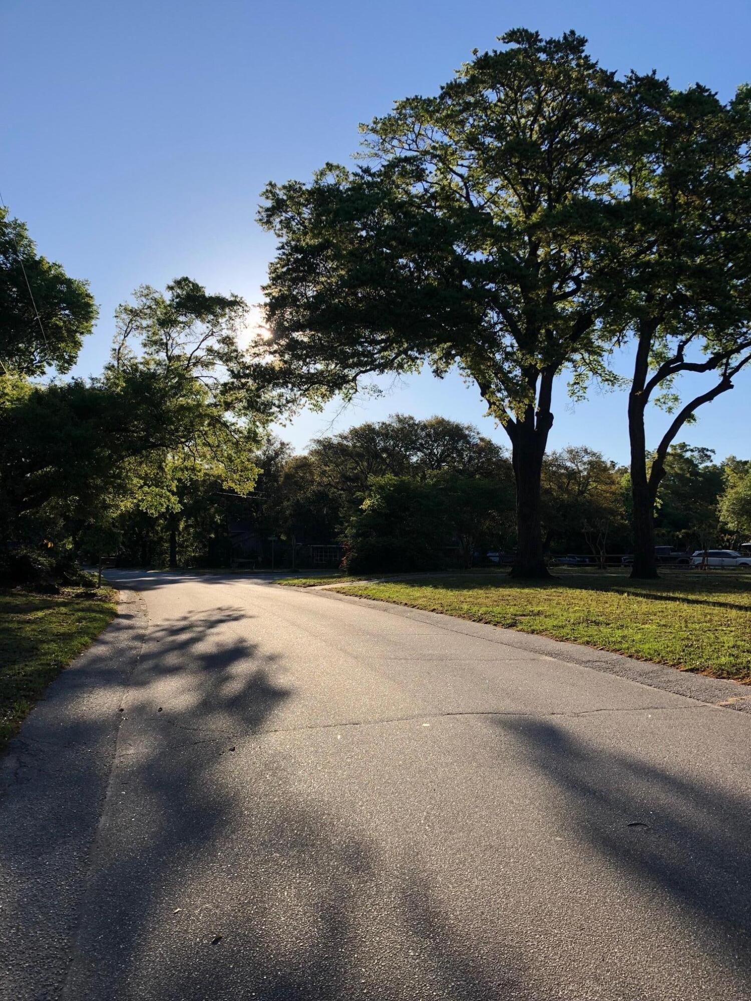 Fort Johnson Estates Homes For Sale - 889 Robert E Lee, James Island, SC - 22