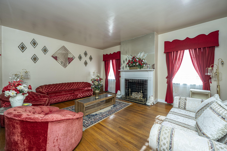 Wagener Terrace Homes For Sale - 58 Saint Margaret, Charleston, SC - 17