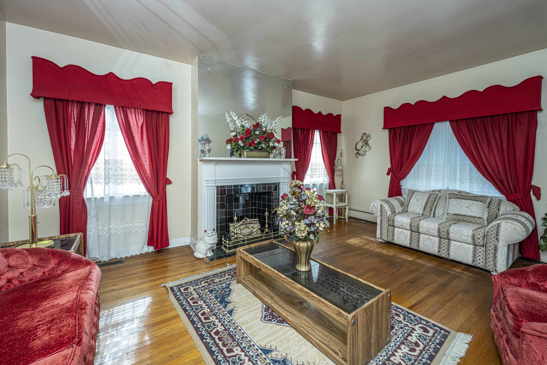 Wagener Terrace Homes For Sale - 58 Saint Margaret, Charleston, SC - 14
