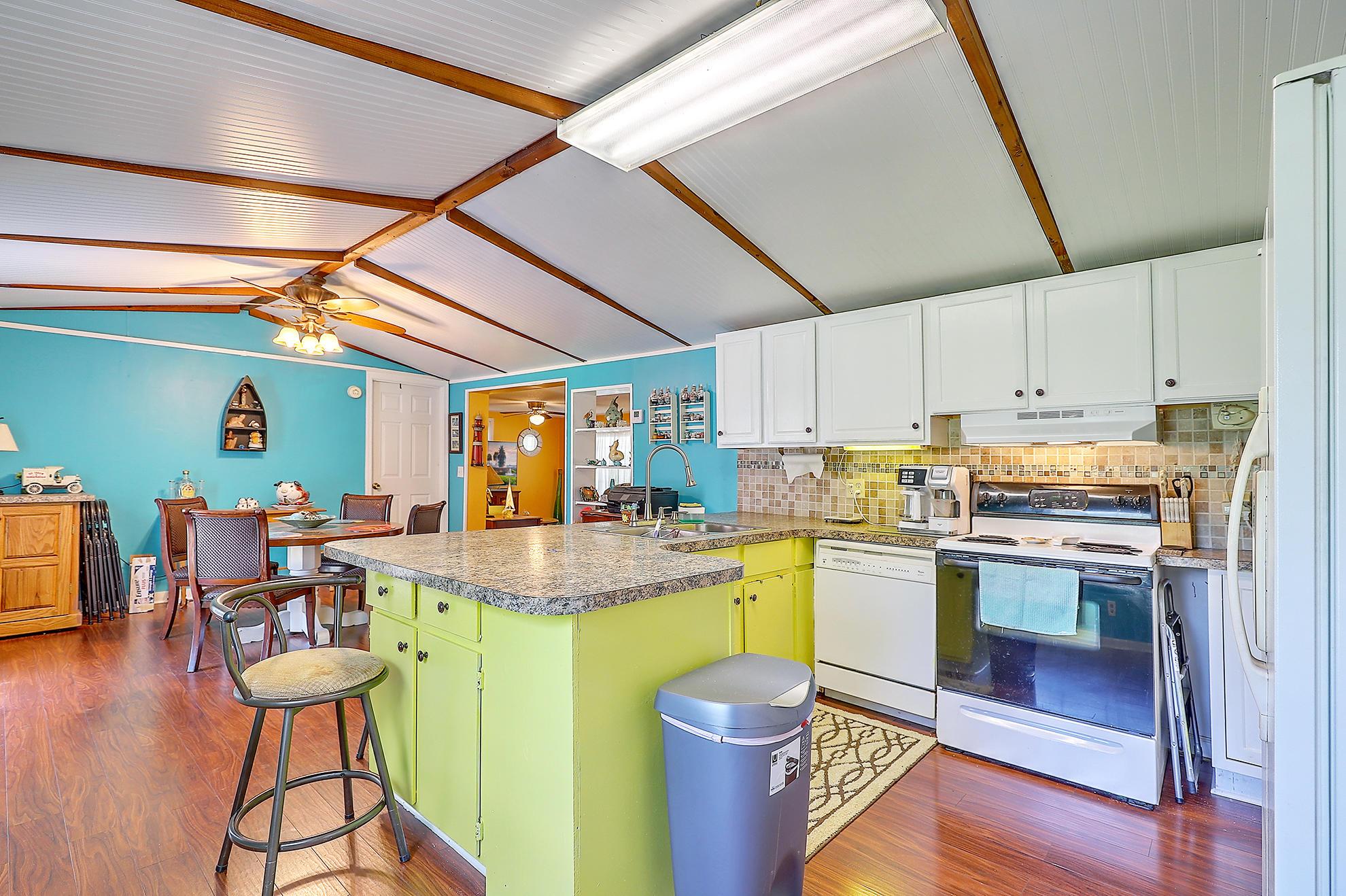 Cross Area (West) Homes For Sale - 128 Cherry Grove, Cross, SC - 39
