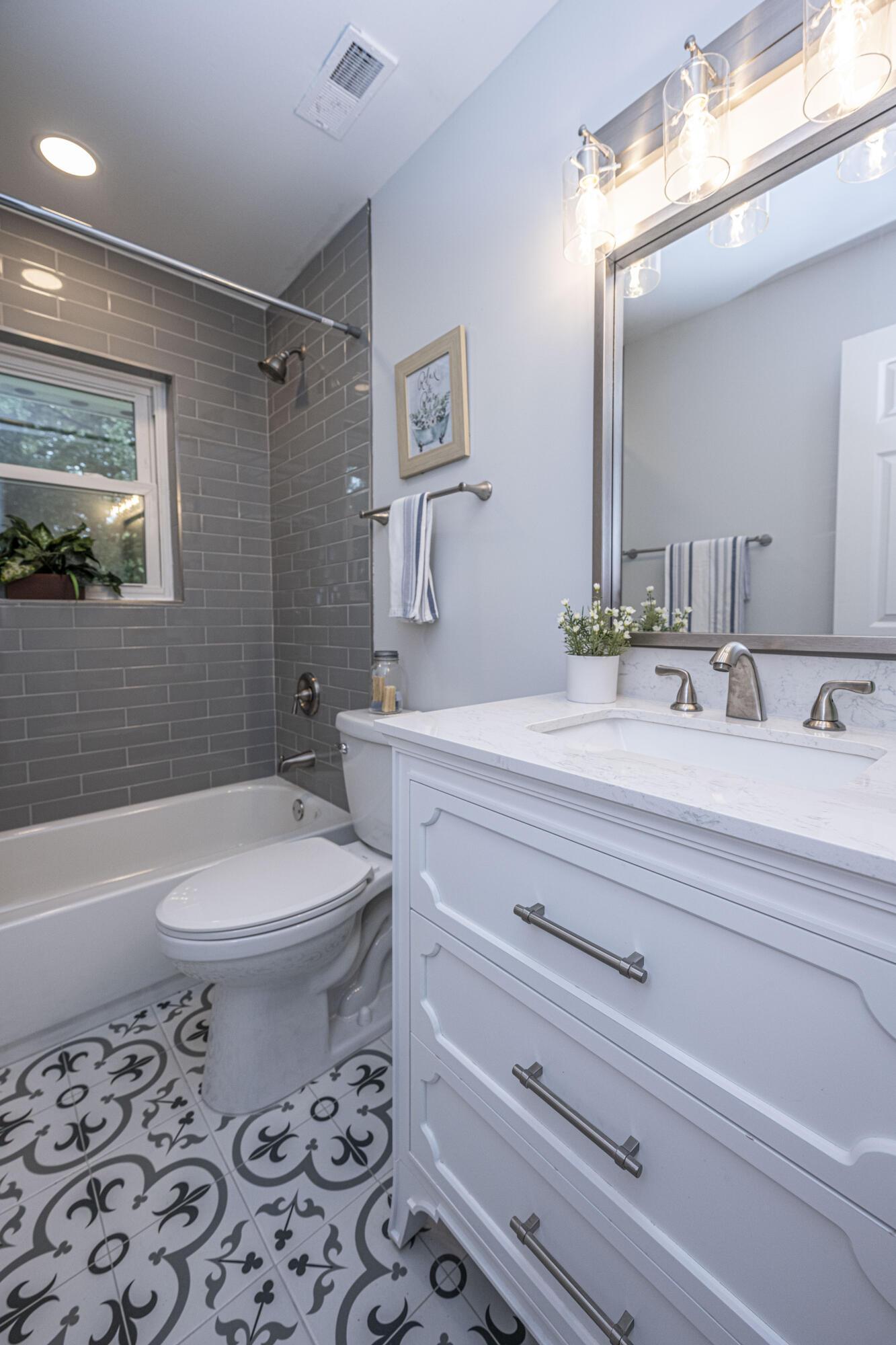 Westchester Homes For Sale - 1611 Westmoreland, Charleston, SC - 11