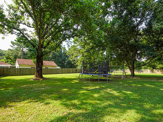 Shadow Brook Homes For Sale - 137 Shadow Brook, Summerville, SC - 31