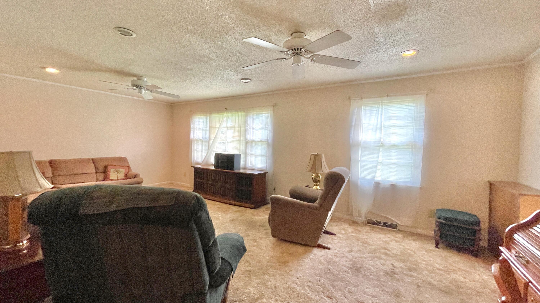 St James Estates Homes For Sale - 149 Lakeshore, Goose Creek, SC - 11