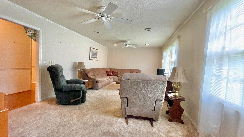 St James Estates Homes For Sale - 149 Lakeshore, Goose Creek, SC - 10
