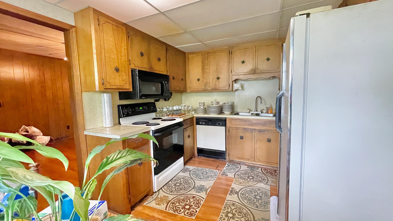 St James Estates Homes For Sale - 149 Lakeshore, Goose Creek, SC - 8